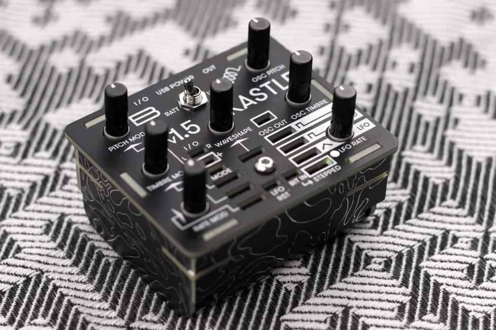 synth u00e9tiseur hybride bastl instruments kastle v1 5 au
