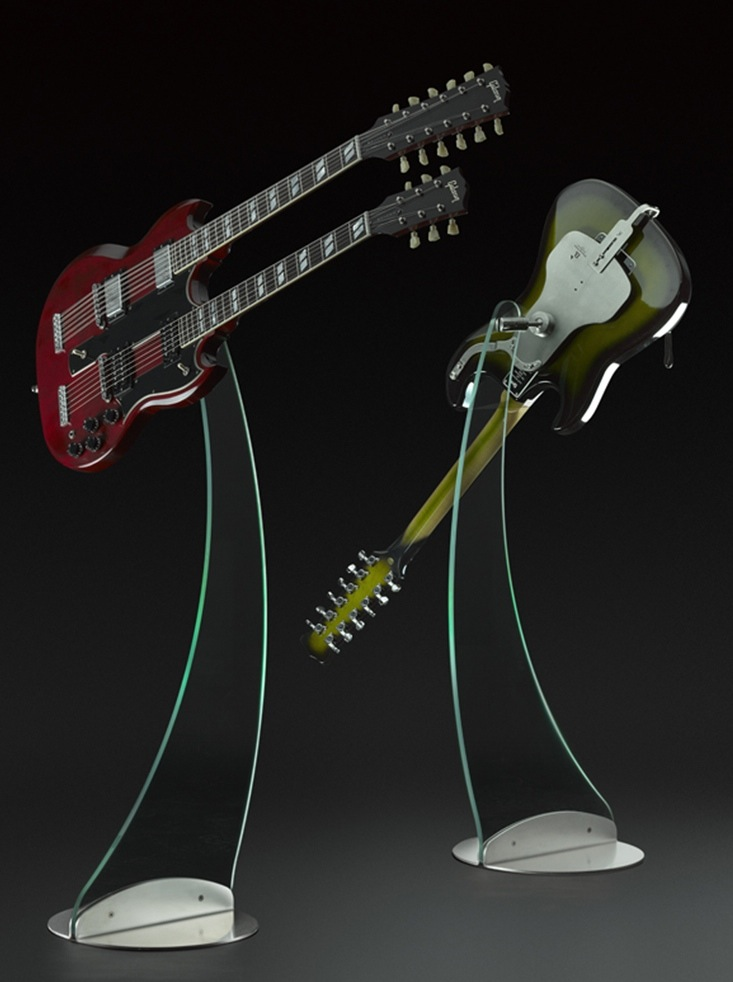 Best Guitar Stand ~ Picking the best guitar stand or wall mount audiofanzine