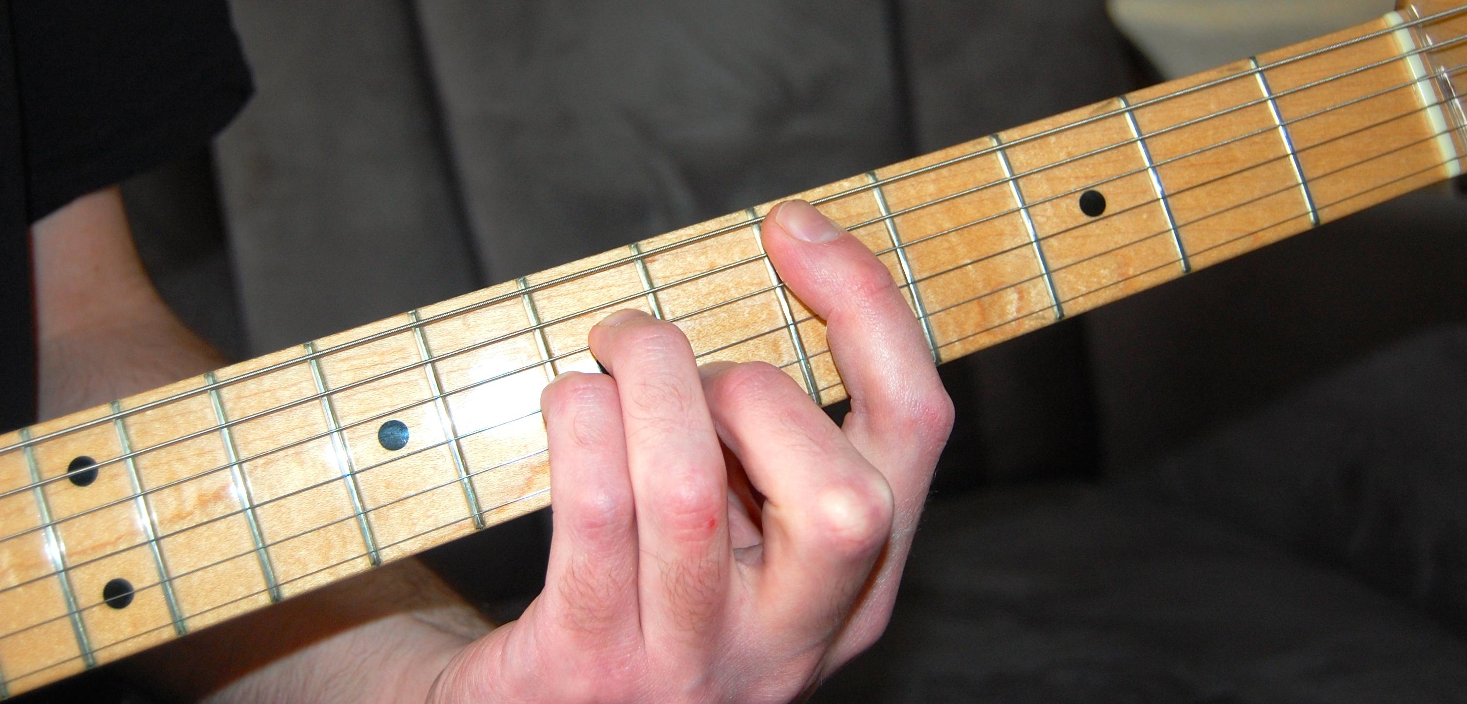 Apprendre les accords la guitare audiofanzine - Apprendre la guitare seul mi guitar ...