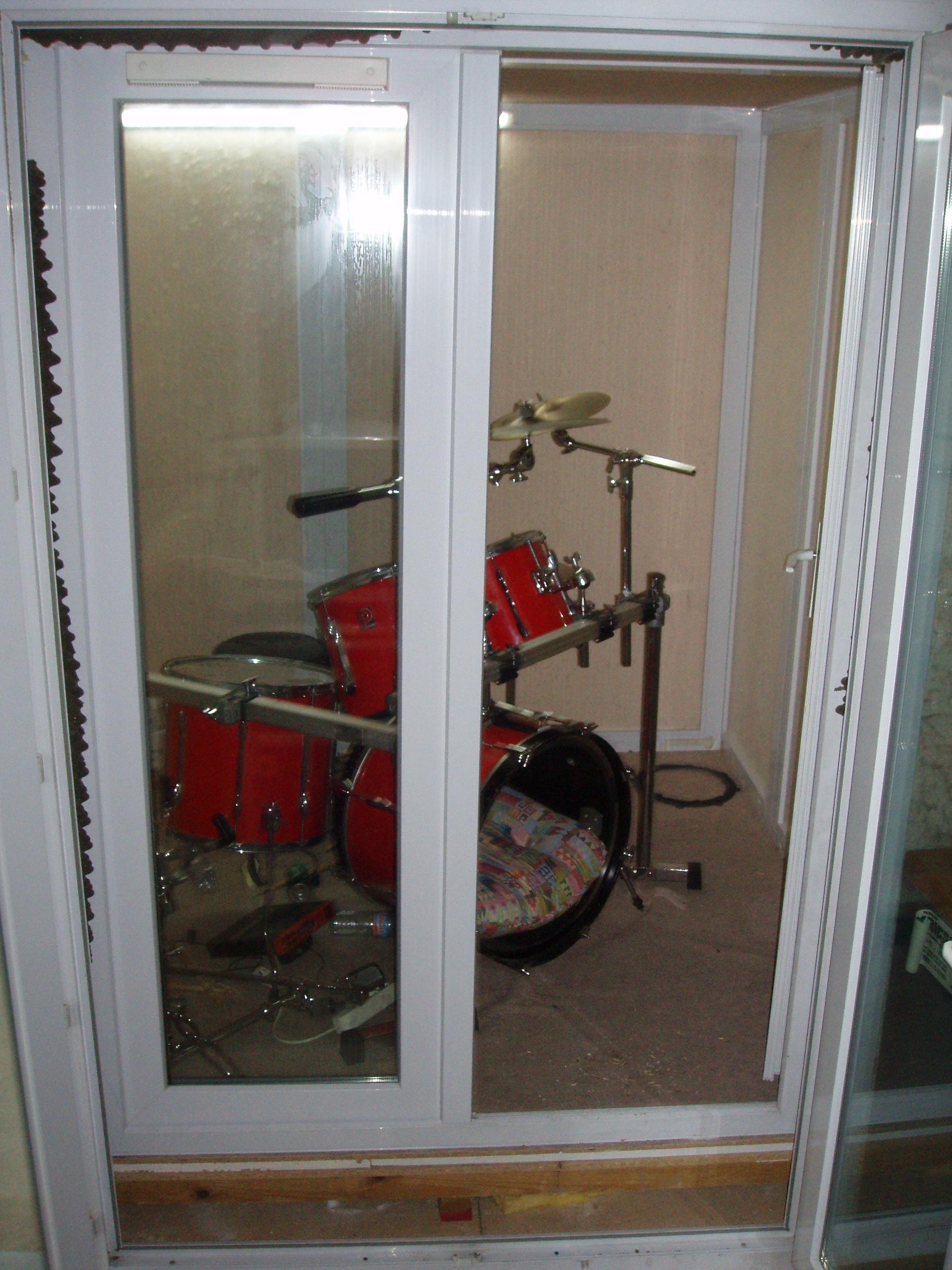 cabine acoustique musique. Black Bedroom Furniture Sets. Home Design Ideas