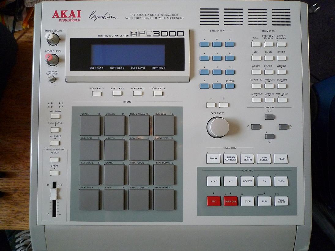 Akai MPC3000 | RL Music
