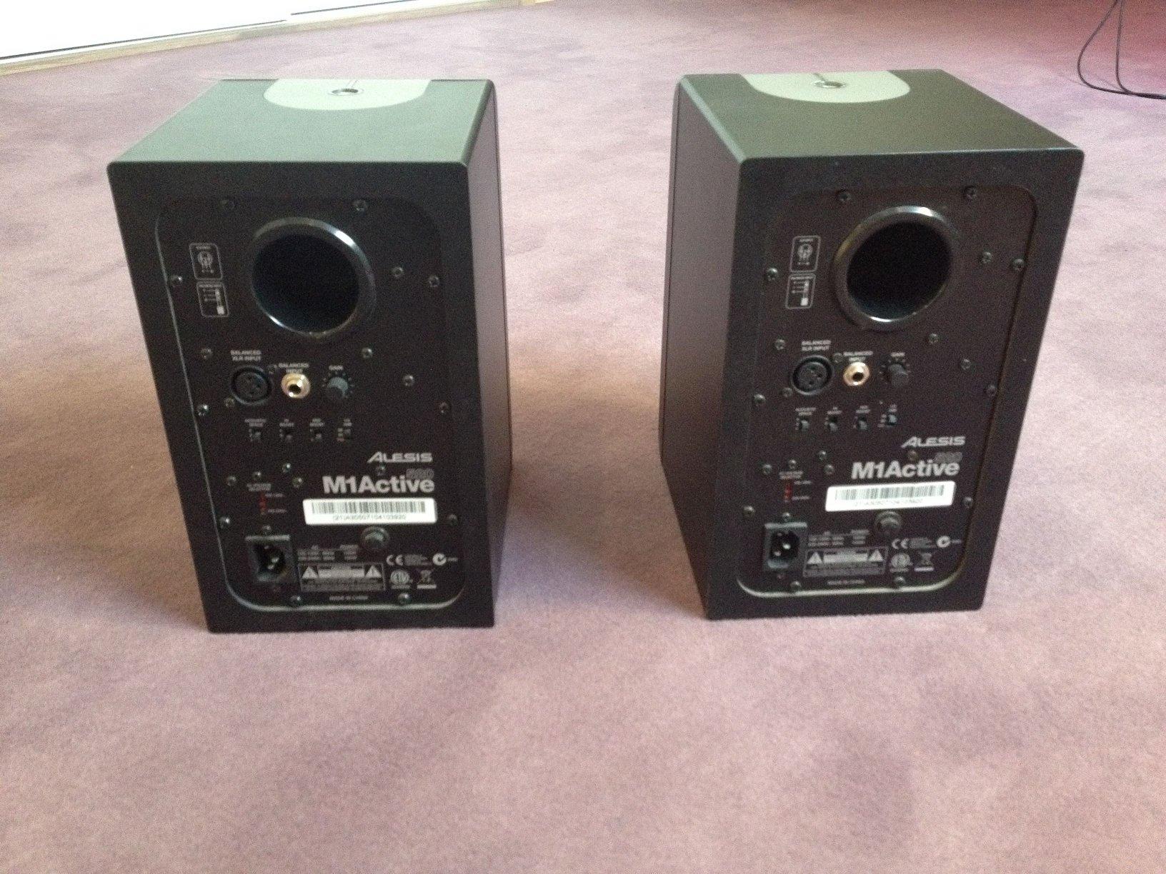 alesis m1active 520 image 300687 audiofanzine rh en audiofanzine com Kindle Fire User Guide User Manual