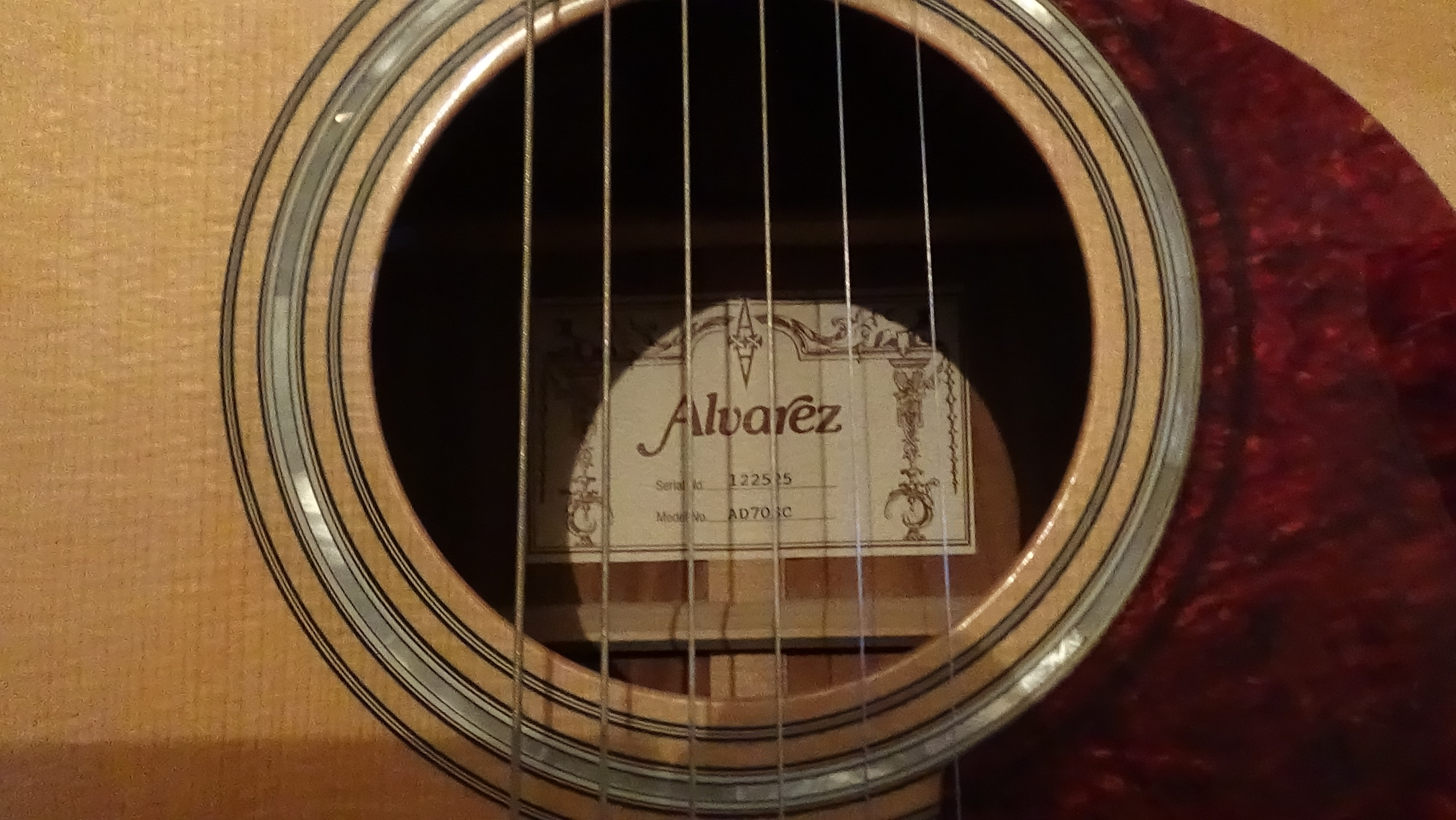 Alvarez Ad70Sc Acoustic Electric Guitar ad 70 s