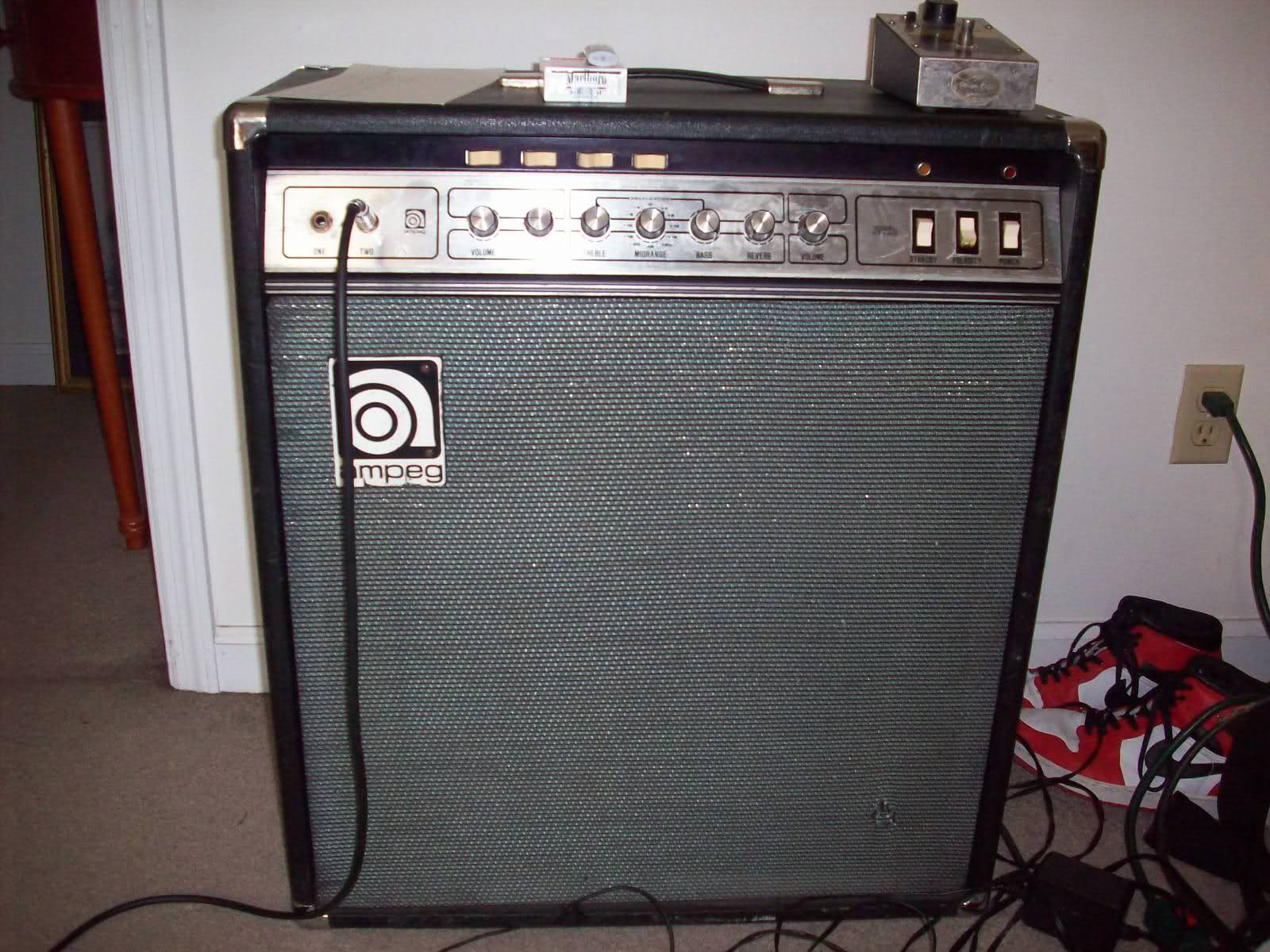 Ampeg V4com All Ampeg All The Time