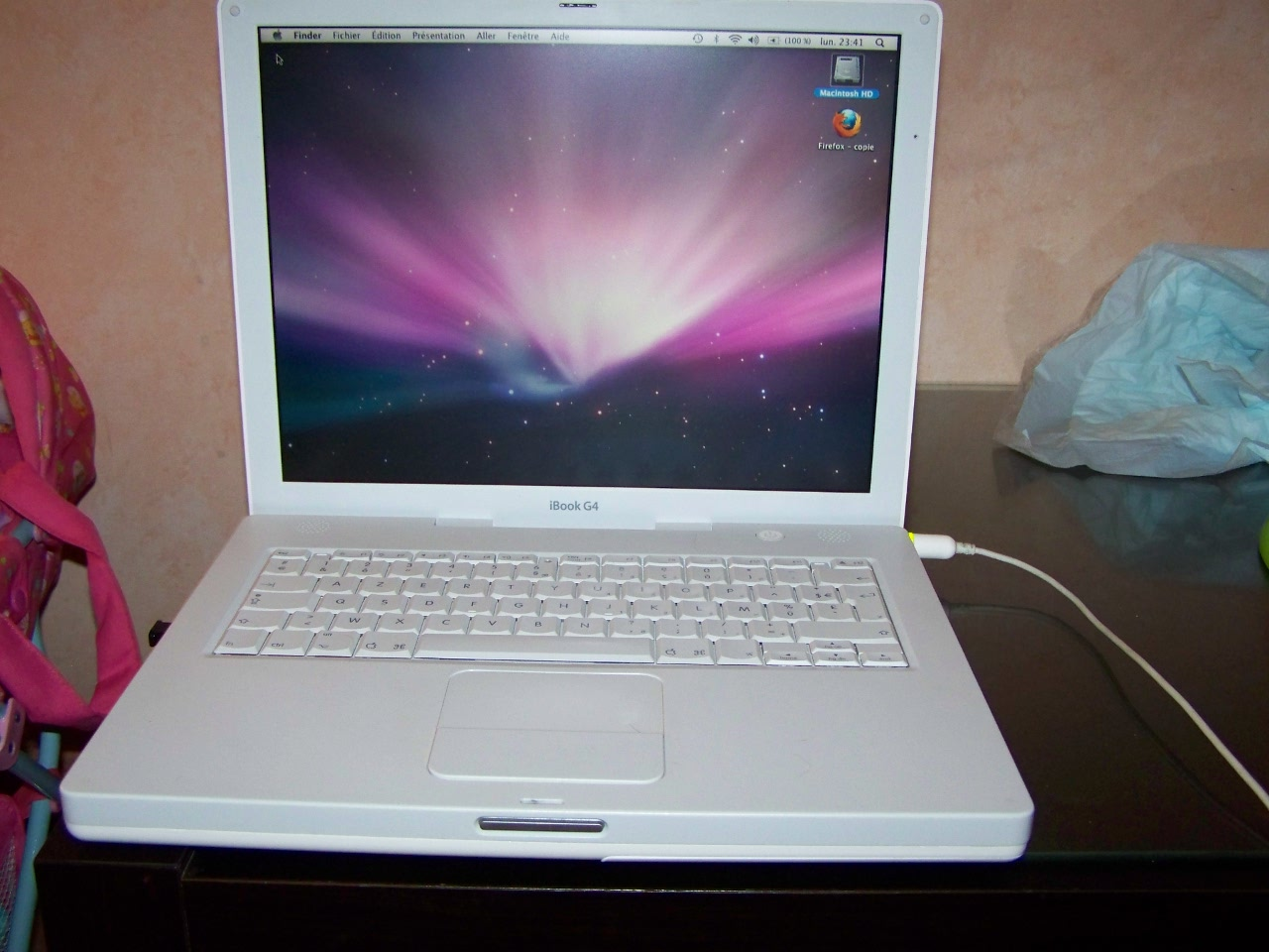 Apple Ibook G4 10 5 8 Power Pc G4 1 33 Ghz Ram 1 25 Go