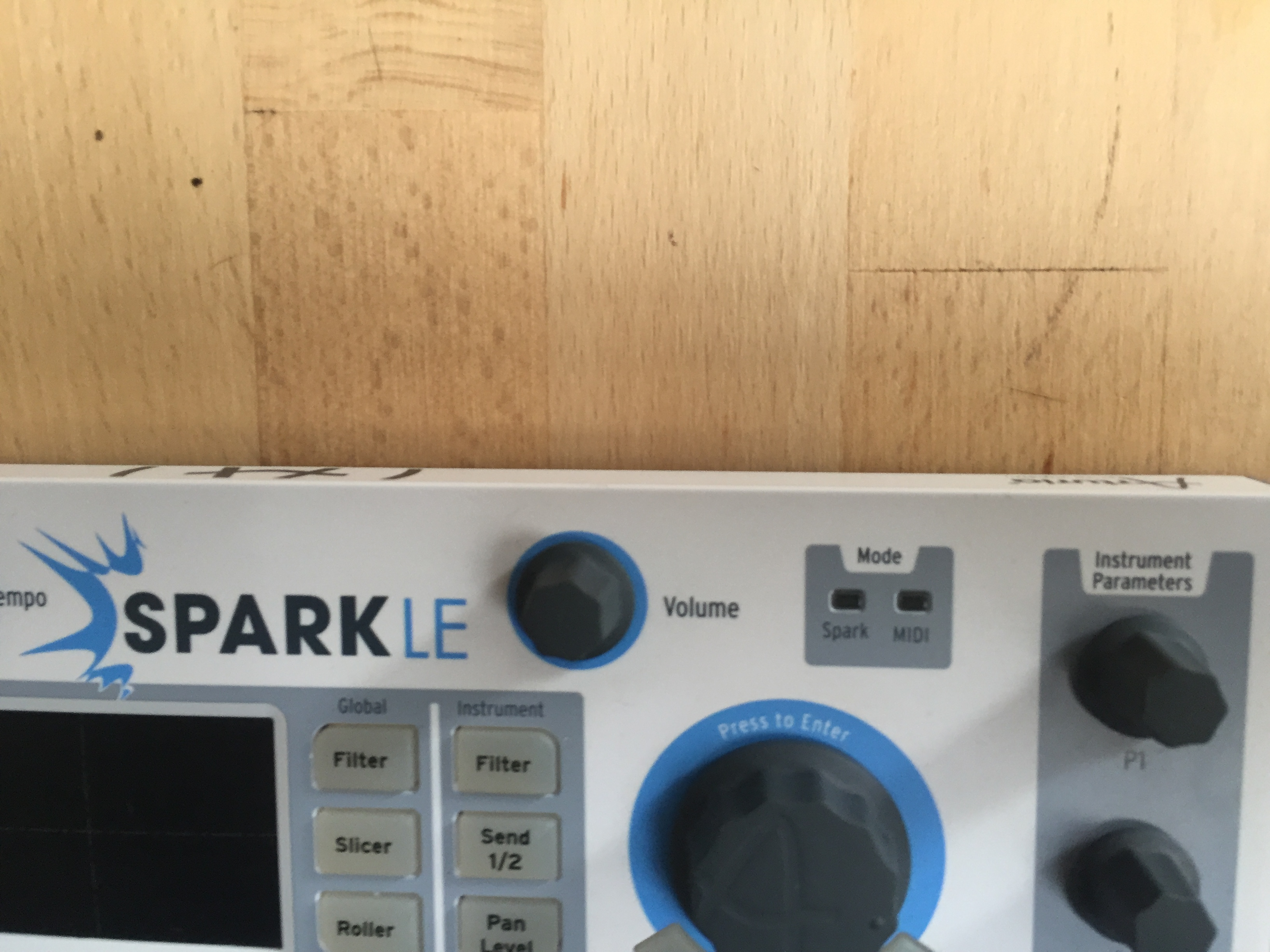 arturia sparkle drum machine