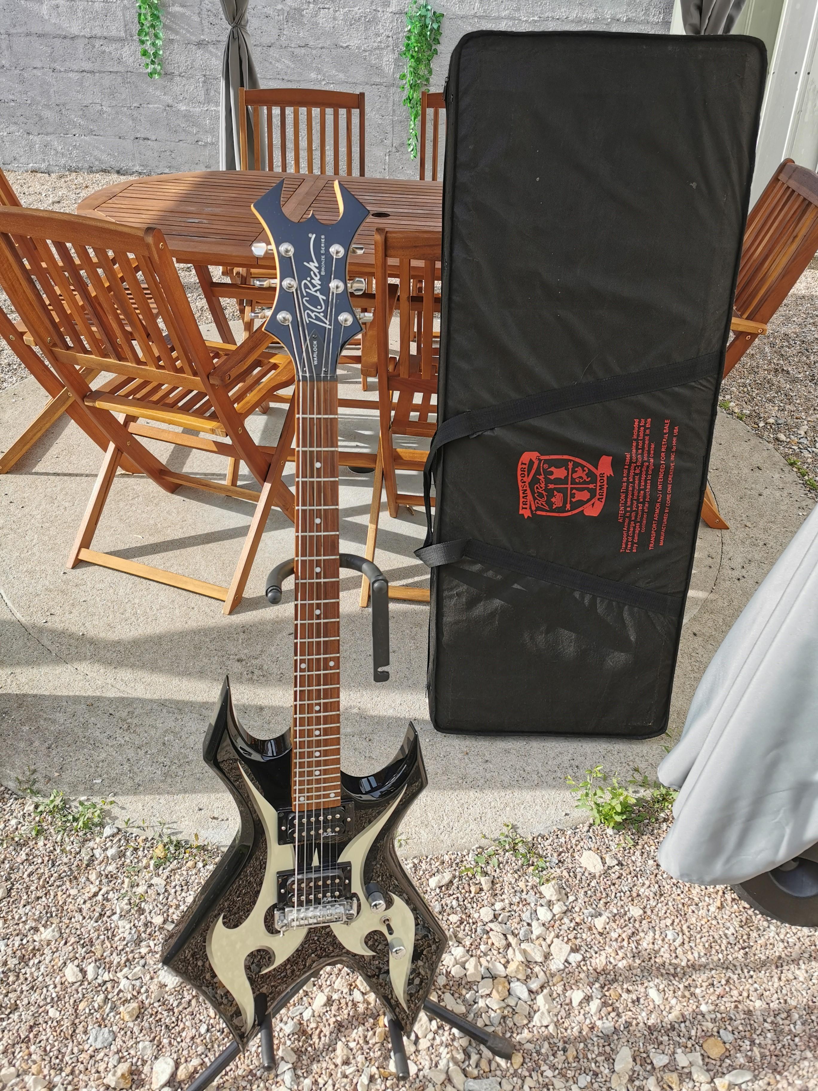 Ortola 5122 Housse pour Guitare Basse /électrique BC Rich Warlock 53 Noir