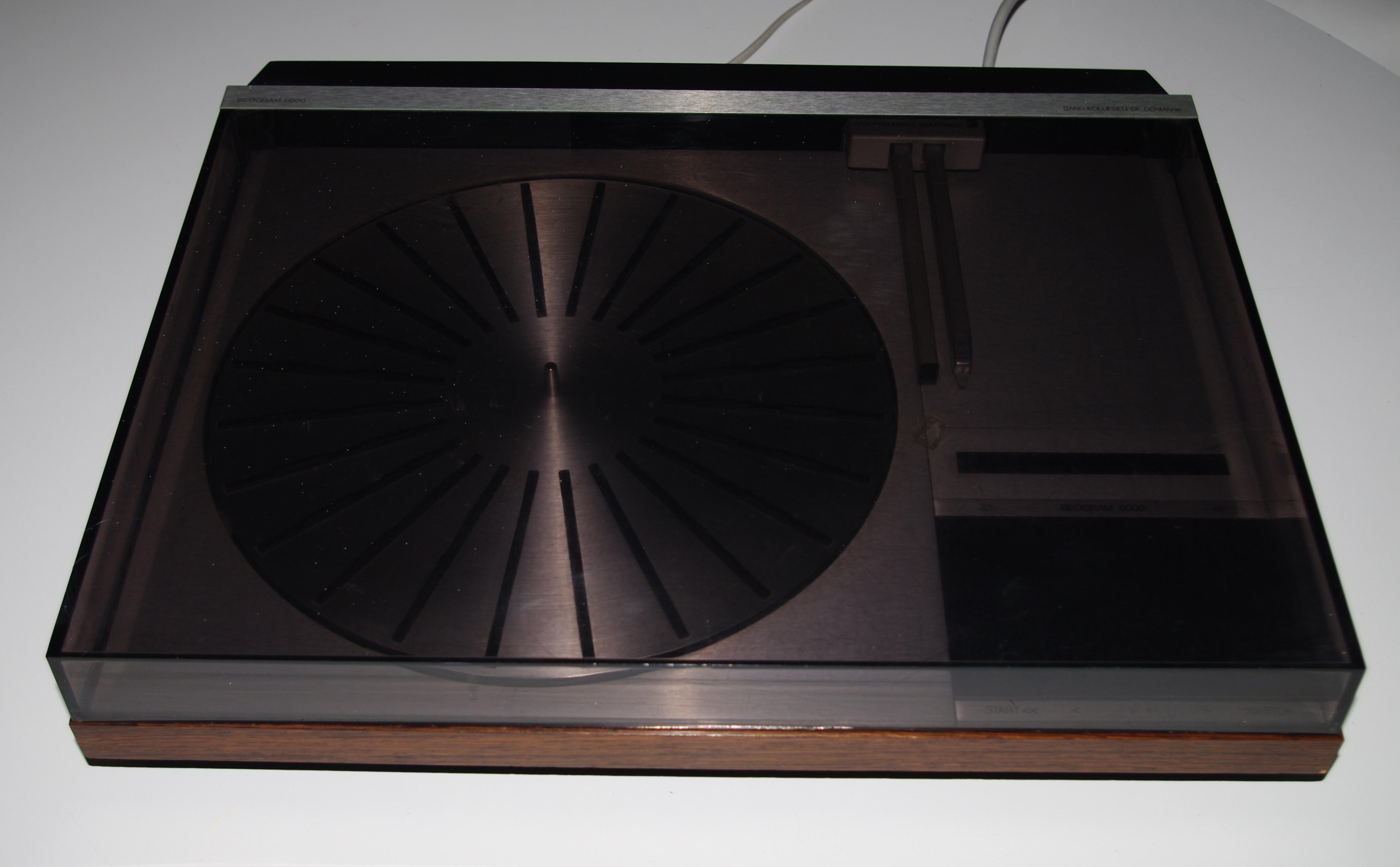 photo bang olufsen beogram 6000 bang olufsen beogram. Black Bedroom Furniture Sets. Home Design Ideas