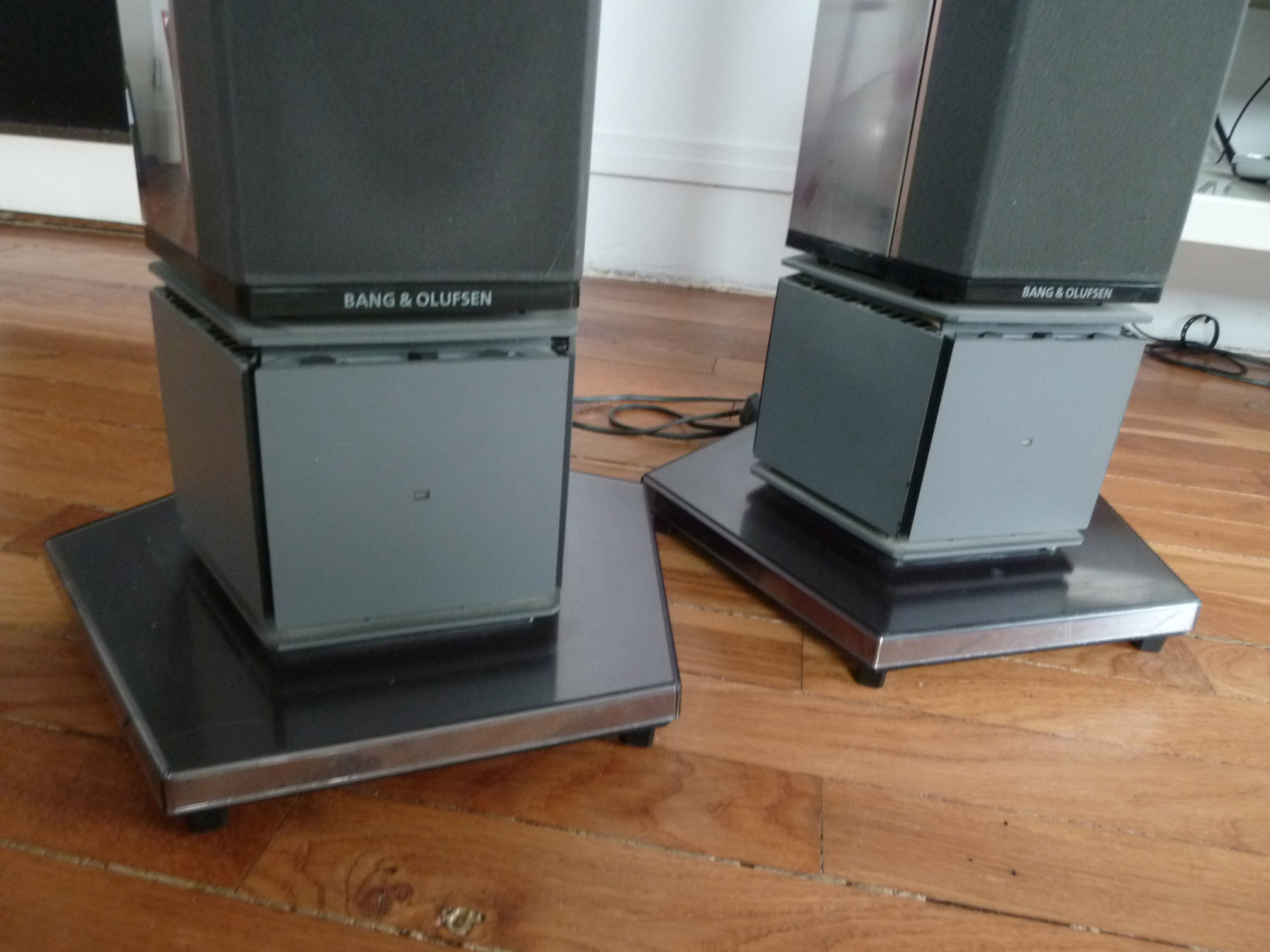 beolab penta bang olufsen beolab penta audiofanzine. Black Bedroom Furniture Sets. Home Design Ideas