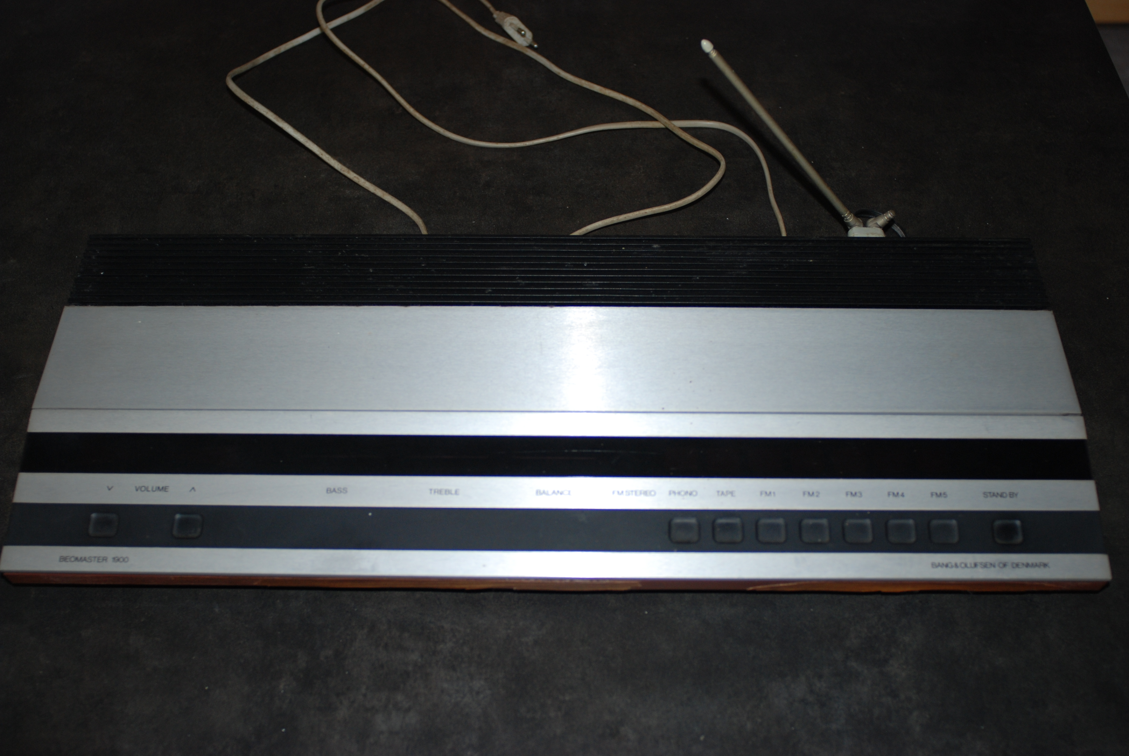 bang olufsen beomaster 1900 image 1033516 audiofanzine. Black Bedroom Furniture Sets. Home Design Ideas