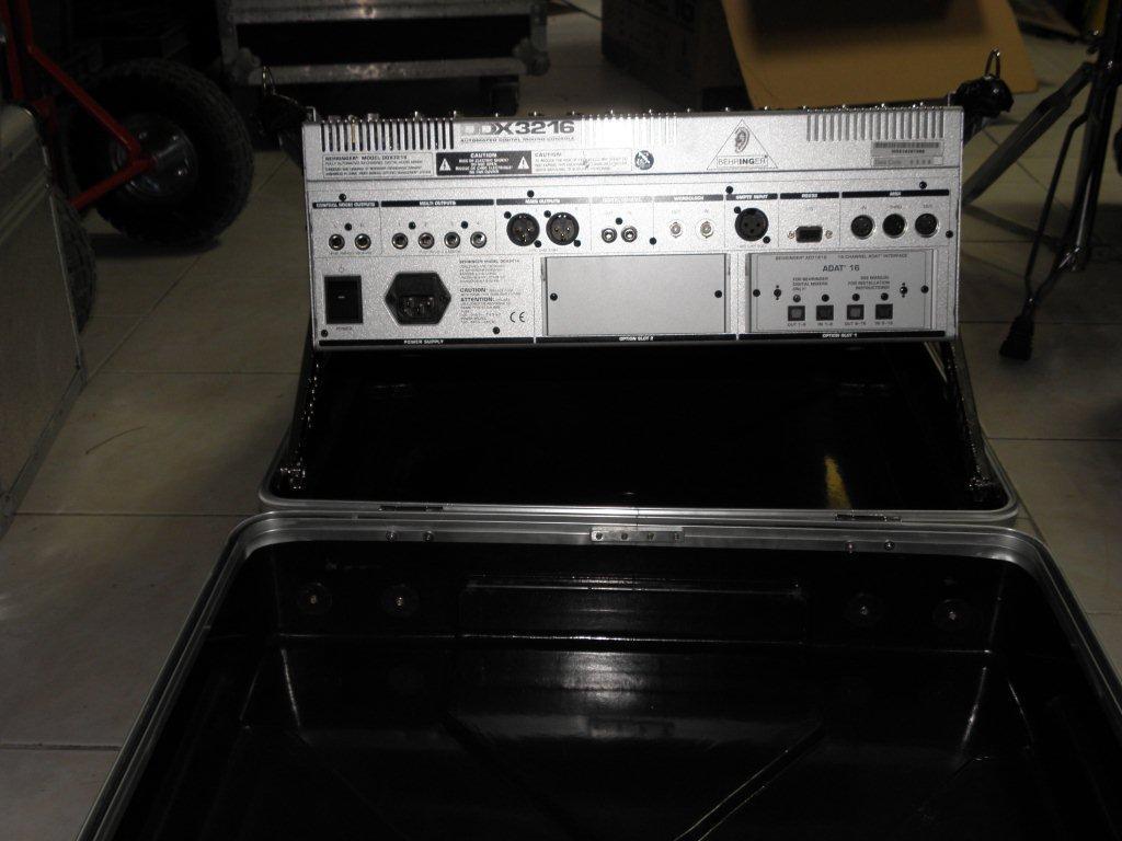 behringer ddx3216 image 145933 audiofanzine. Black Bedroom Furniture Sets. Home Design Ideas
