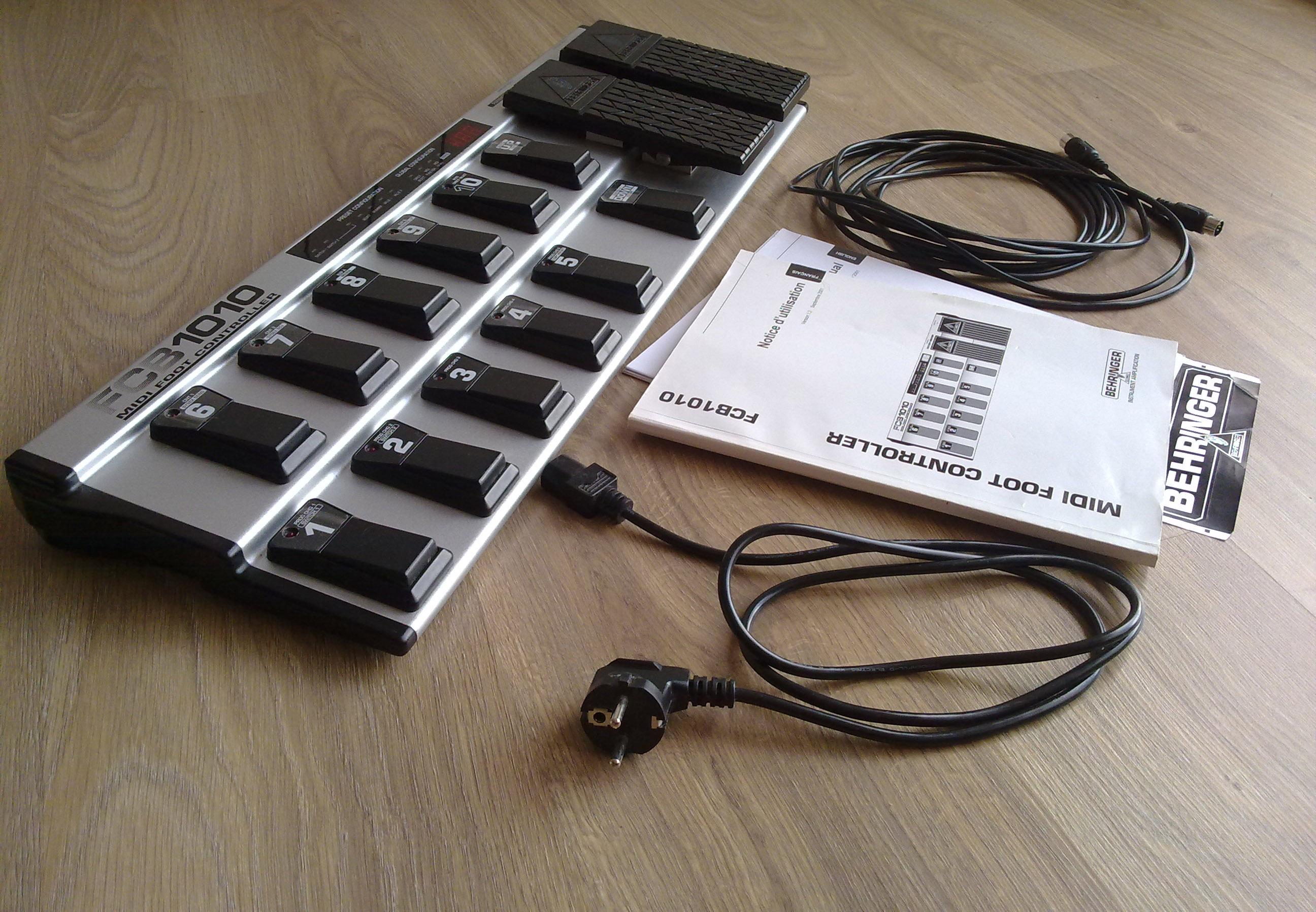 behringer-fcb1010-midi-foot-controller-380166.jpg