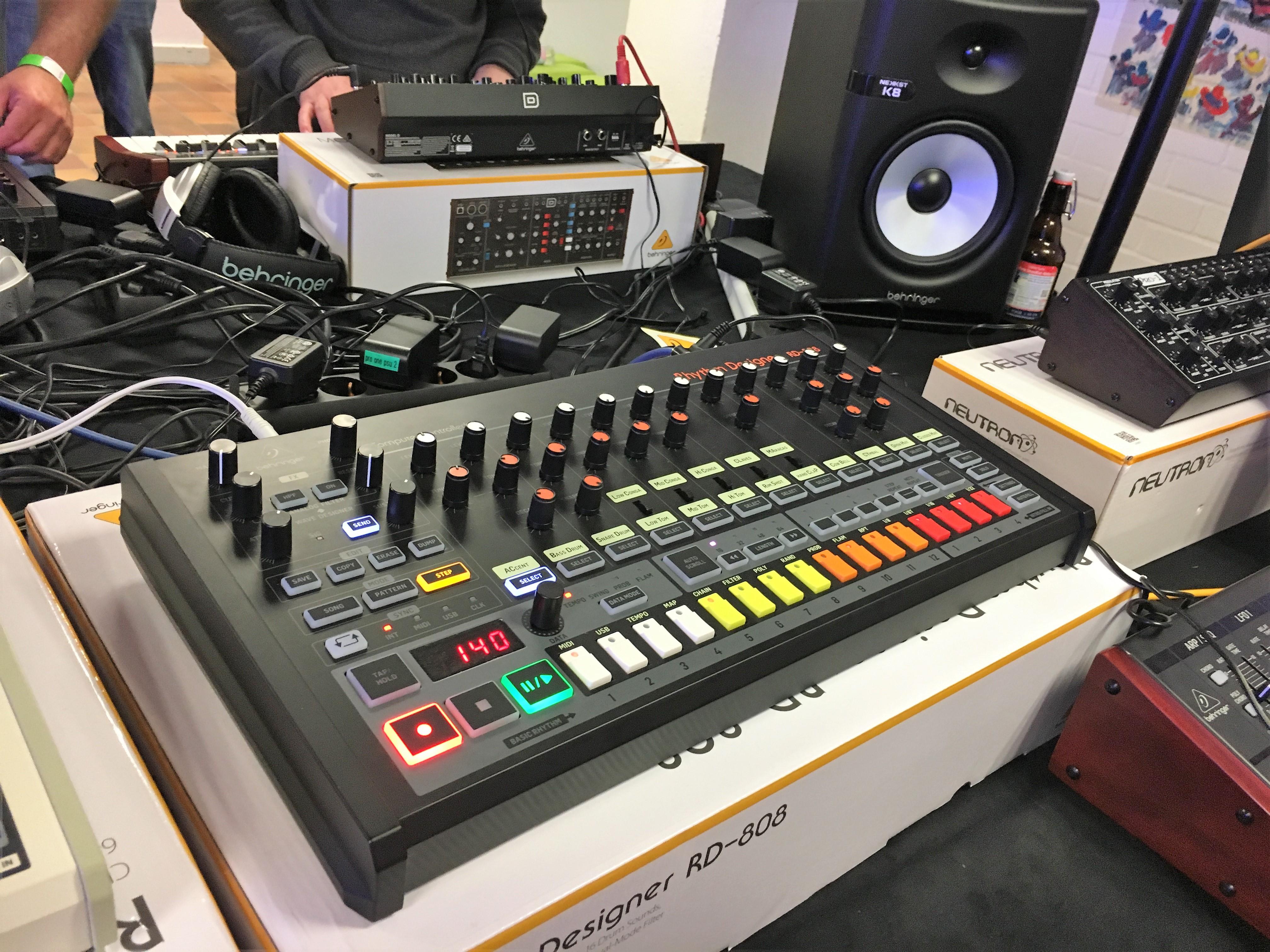Behringer RD-8 - Audiofanzine