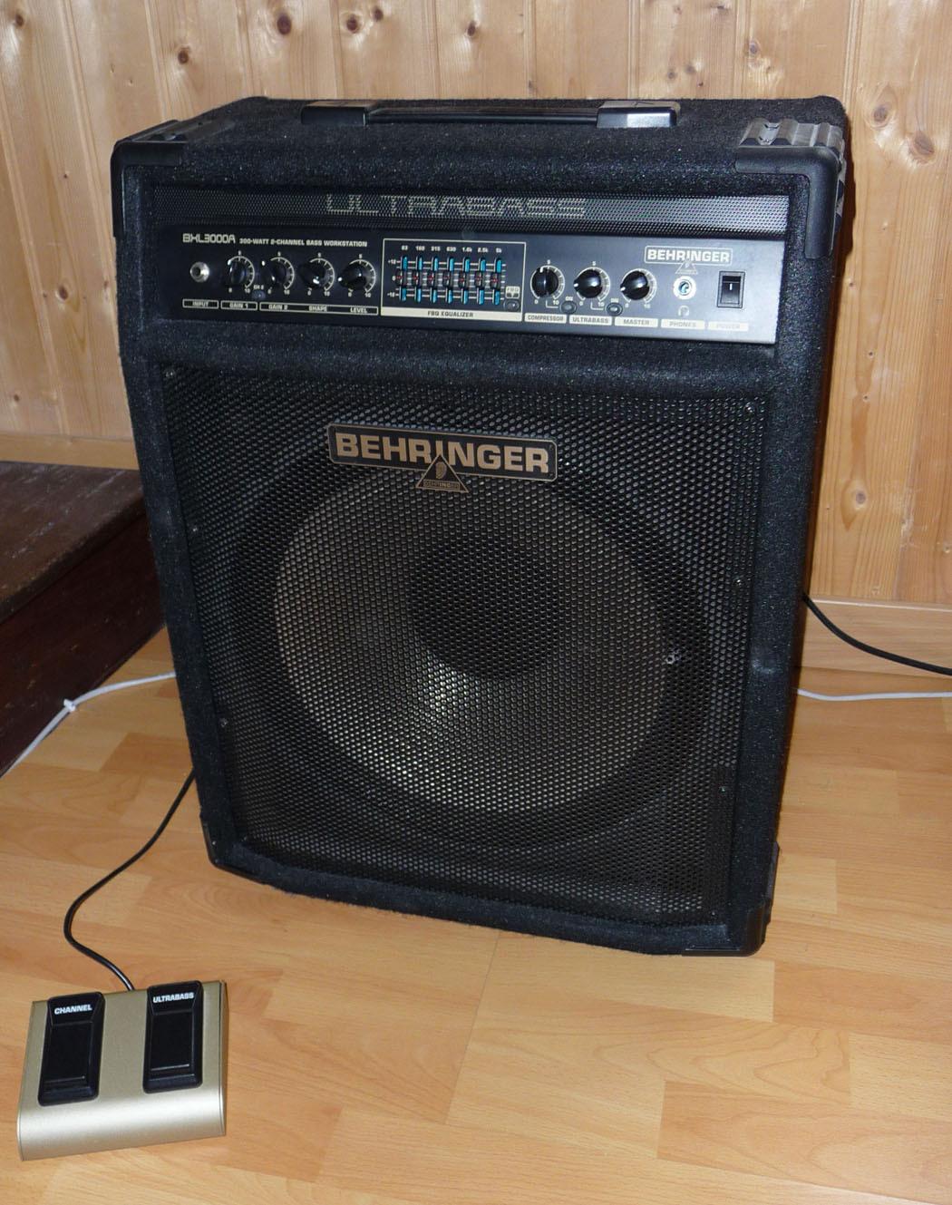 behringer-ultrabass-bxl3000a-84886.jpg