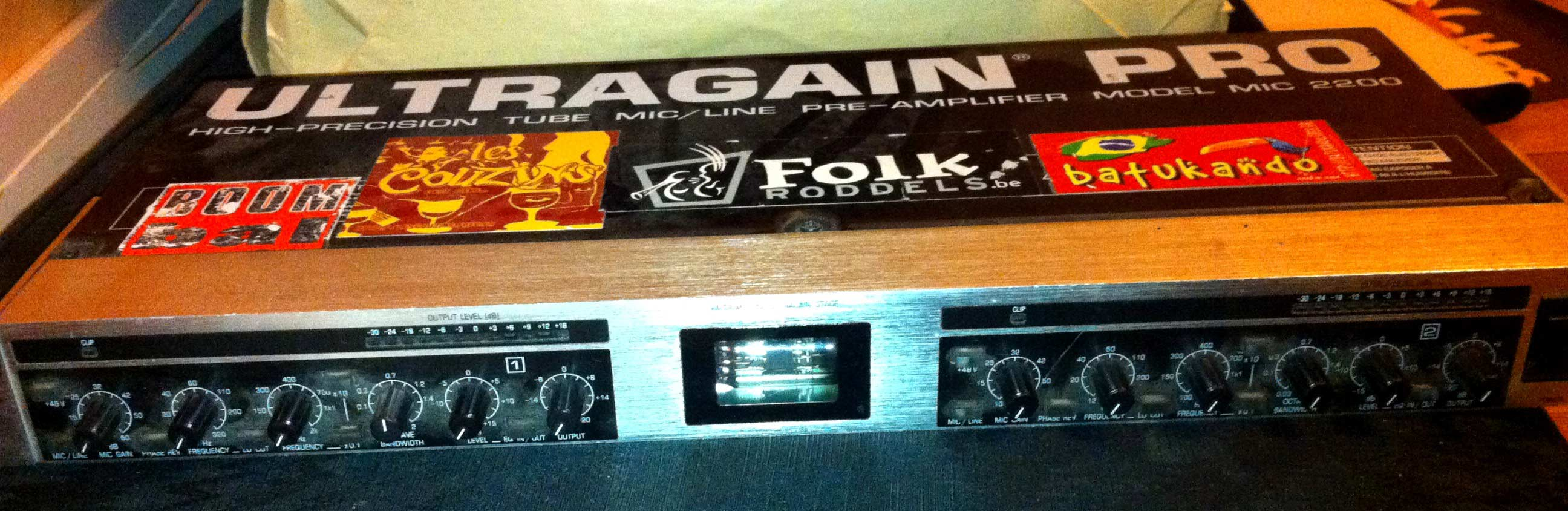 behringer ultragain pro mic2200 manual