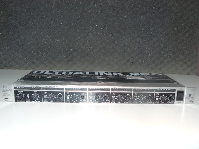 behringer ultralink pro mx882 manual