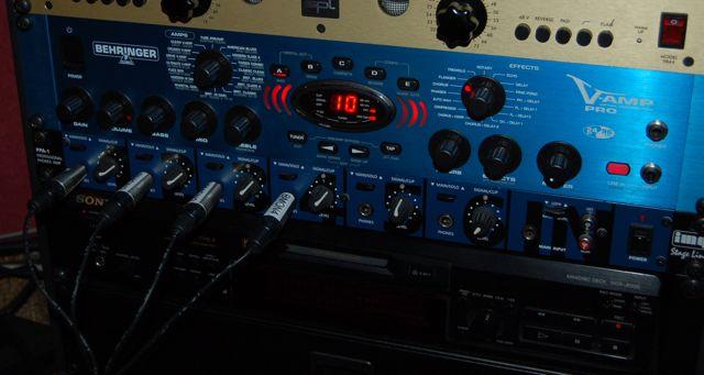 Behringer v Amp Iii Behringer V-amp Pro Rom-g71