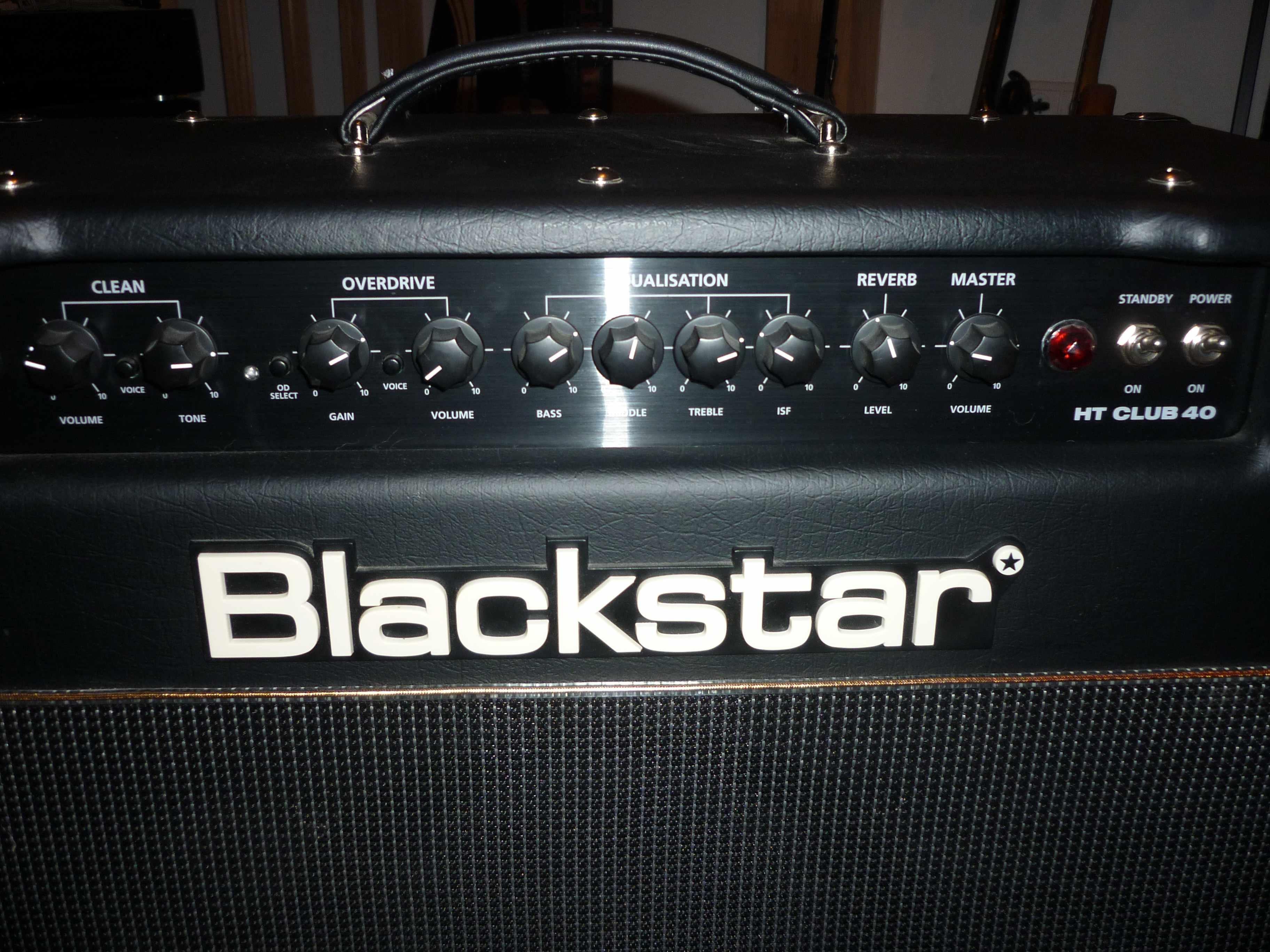 blackstar amplification ht club 40 image 755661 audiofanzine. Black Bedroom Furniture Sets. Home Design Ideas