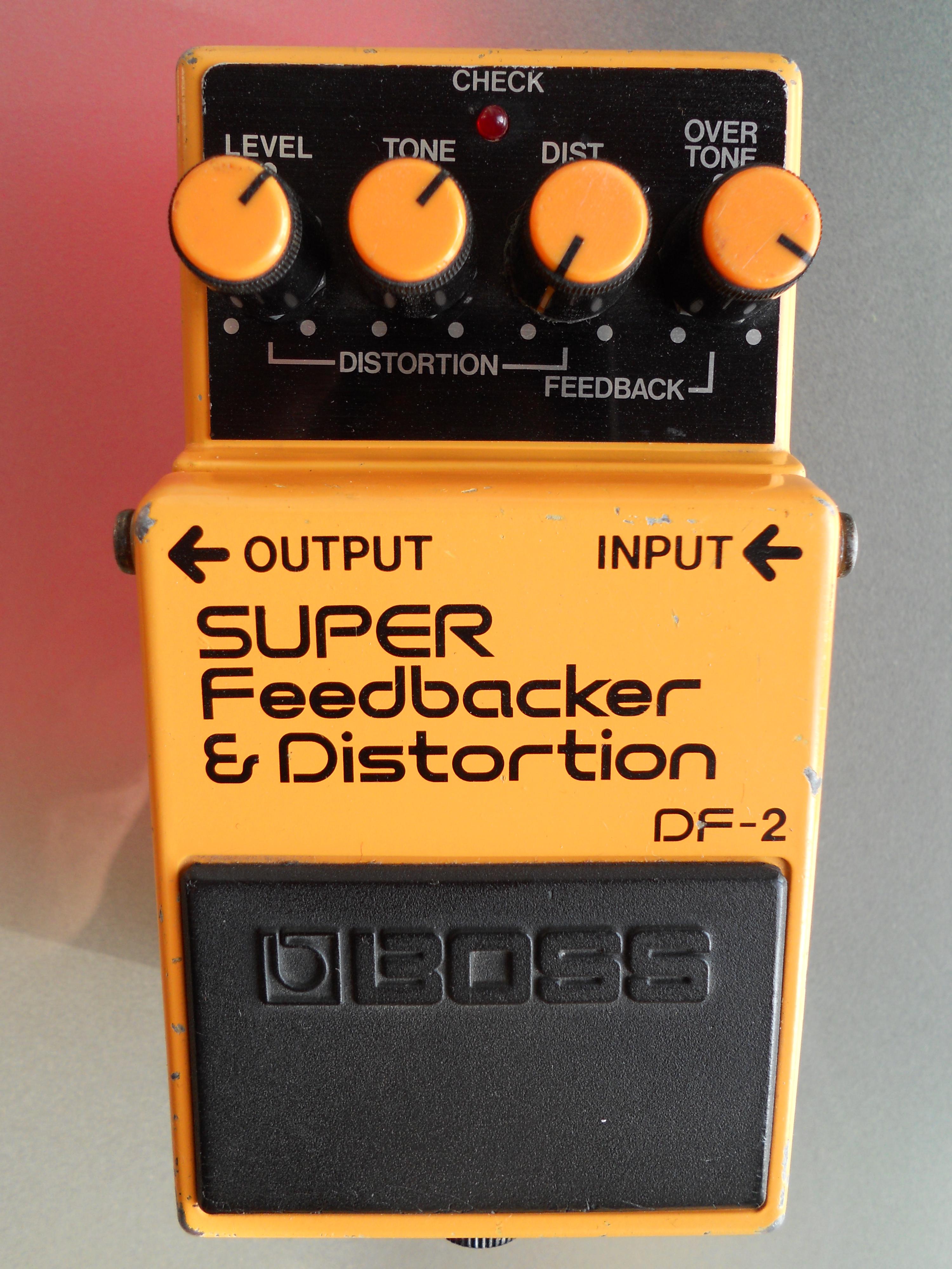 boss-df-2-super-feedbacker-distortion-35