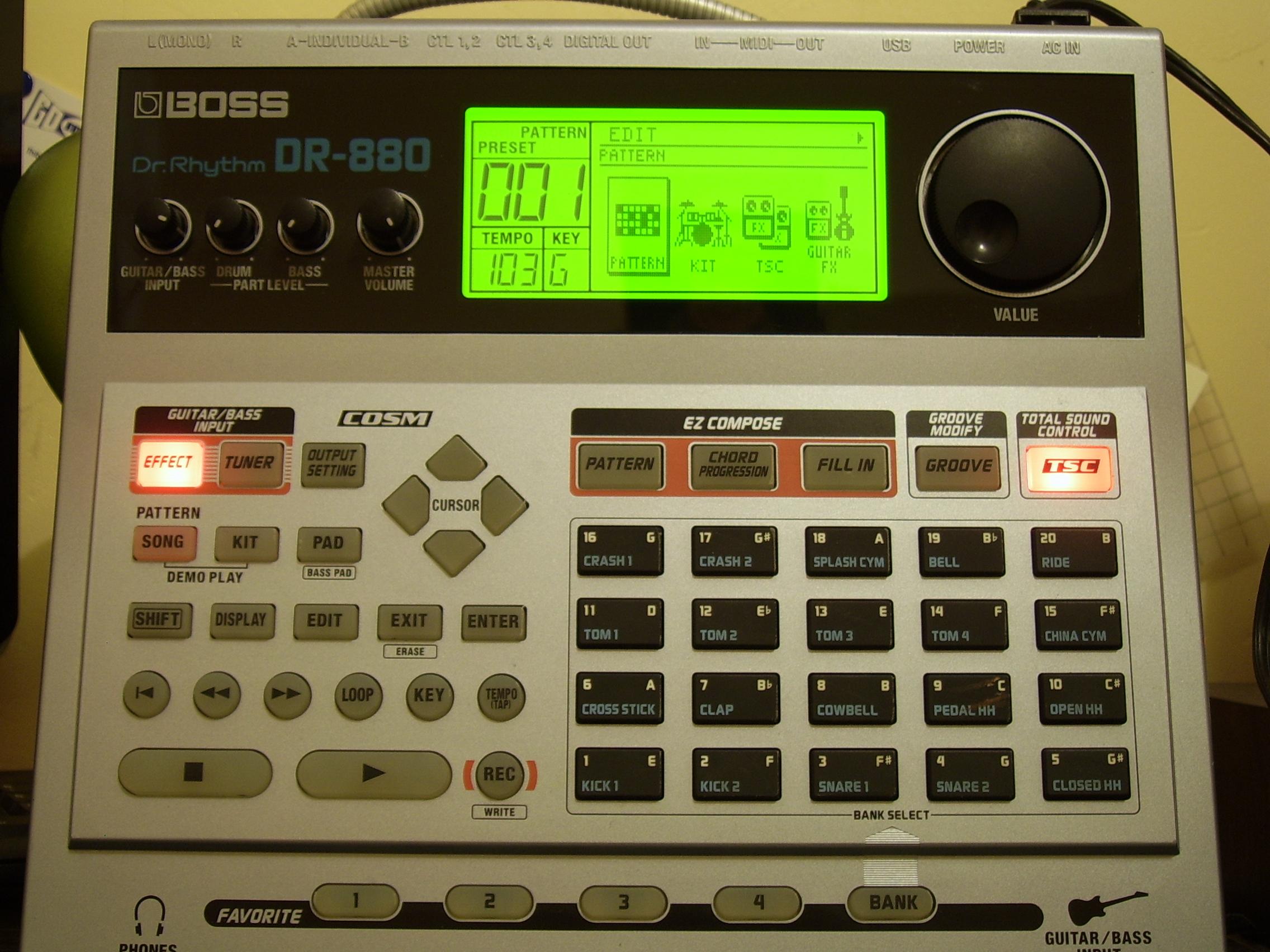 boss dr 880 dr rhythm image 550353 audiofanzine. Black Bedroom Furniture Sets. Home Design Ideas
