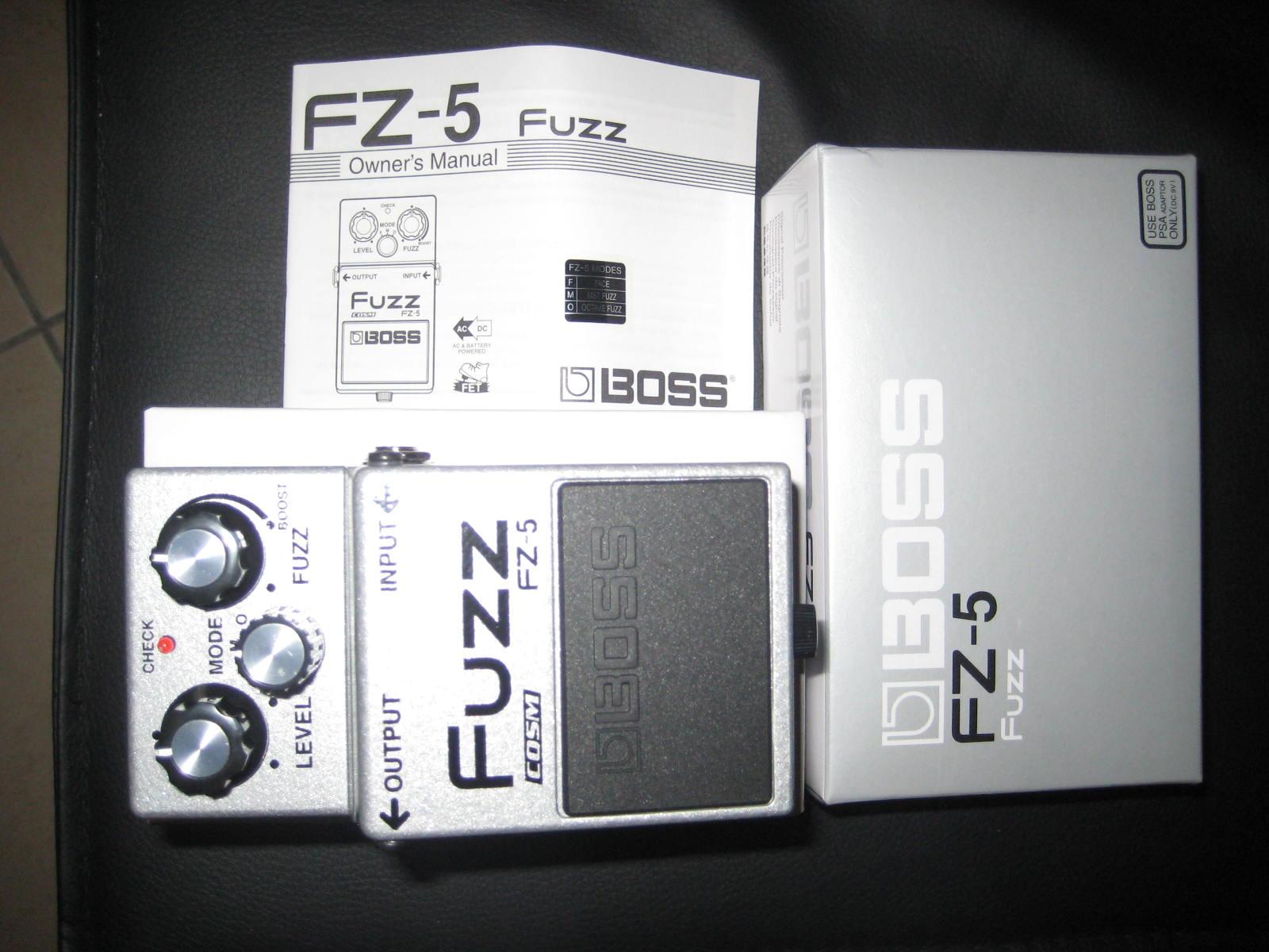 boss fz 5 fuzz audiofanzine. Black Bedroom Furniture Sets. Home Design Ideas