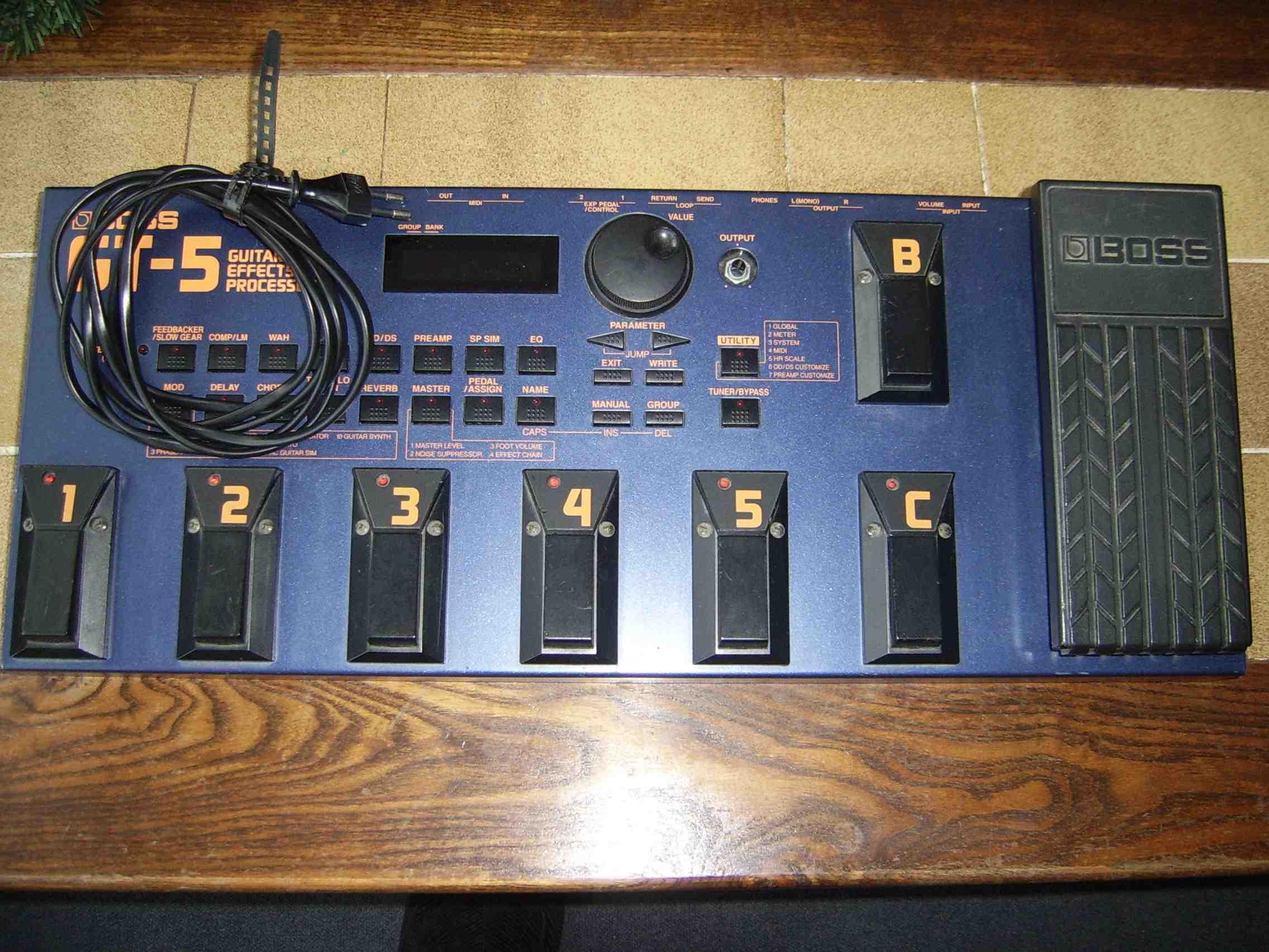 boss gt 5 image 27276 audiofanzine rh en audiofanzine com boss gt 5 manual español pdf boss gt-5 manual download