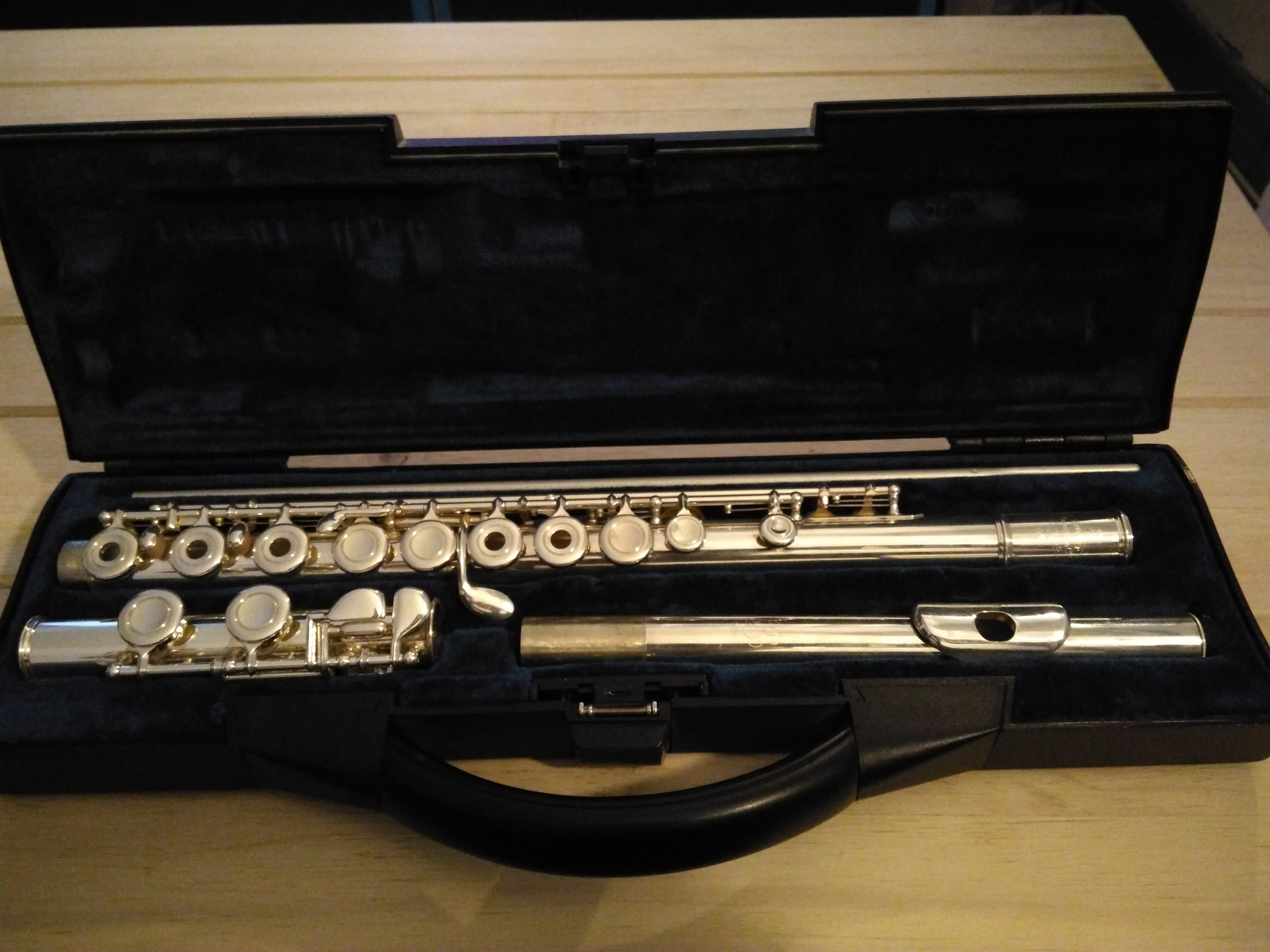 Buffet crampon fl te traversi re image 1968471 for Housse flute traversiere