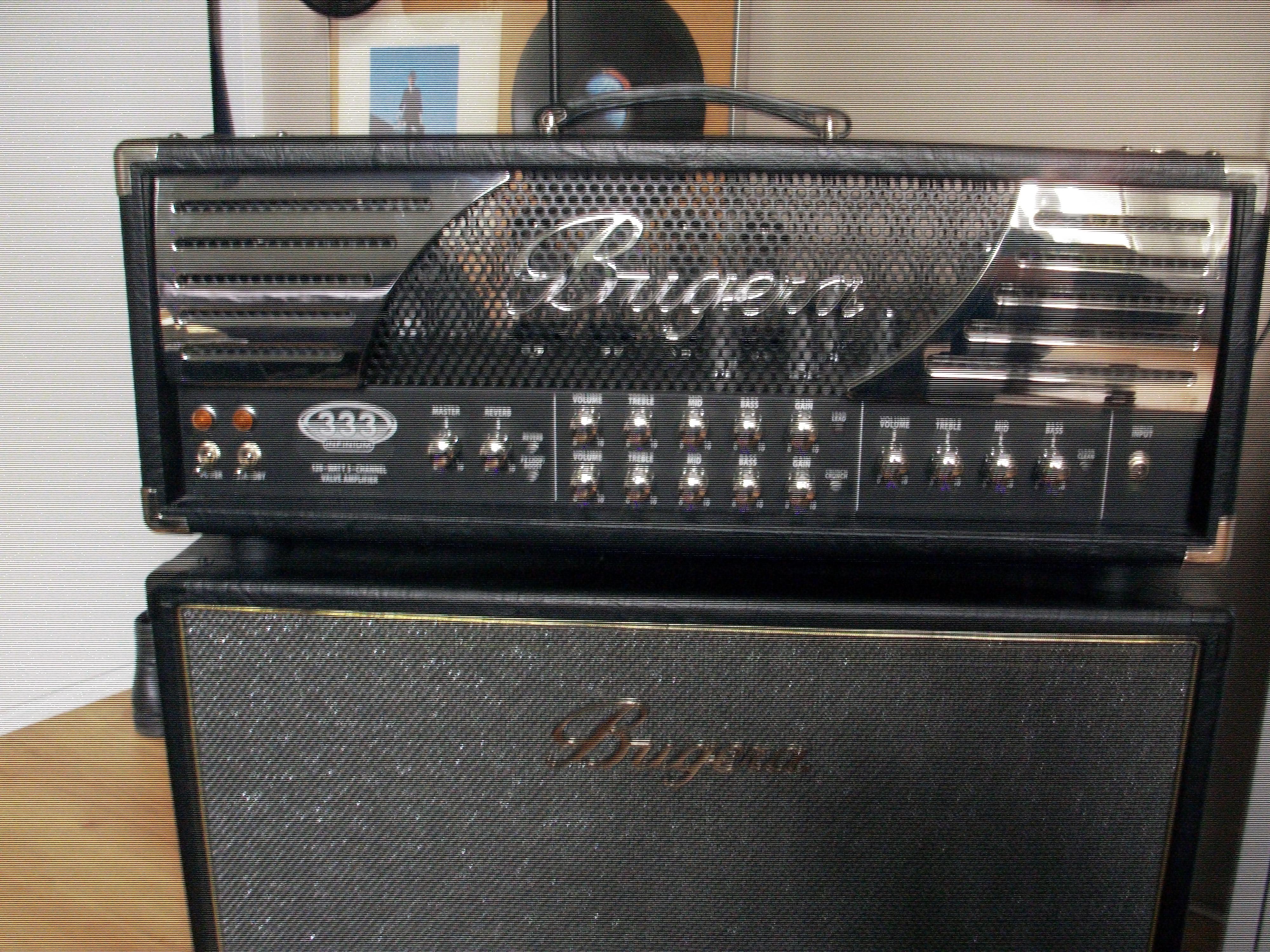 333 infinium tête dampli guitare tout lampe de la marque bugera