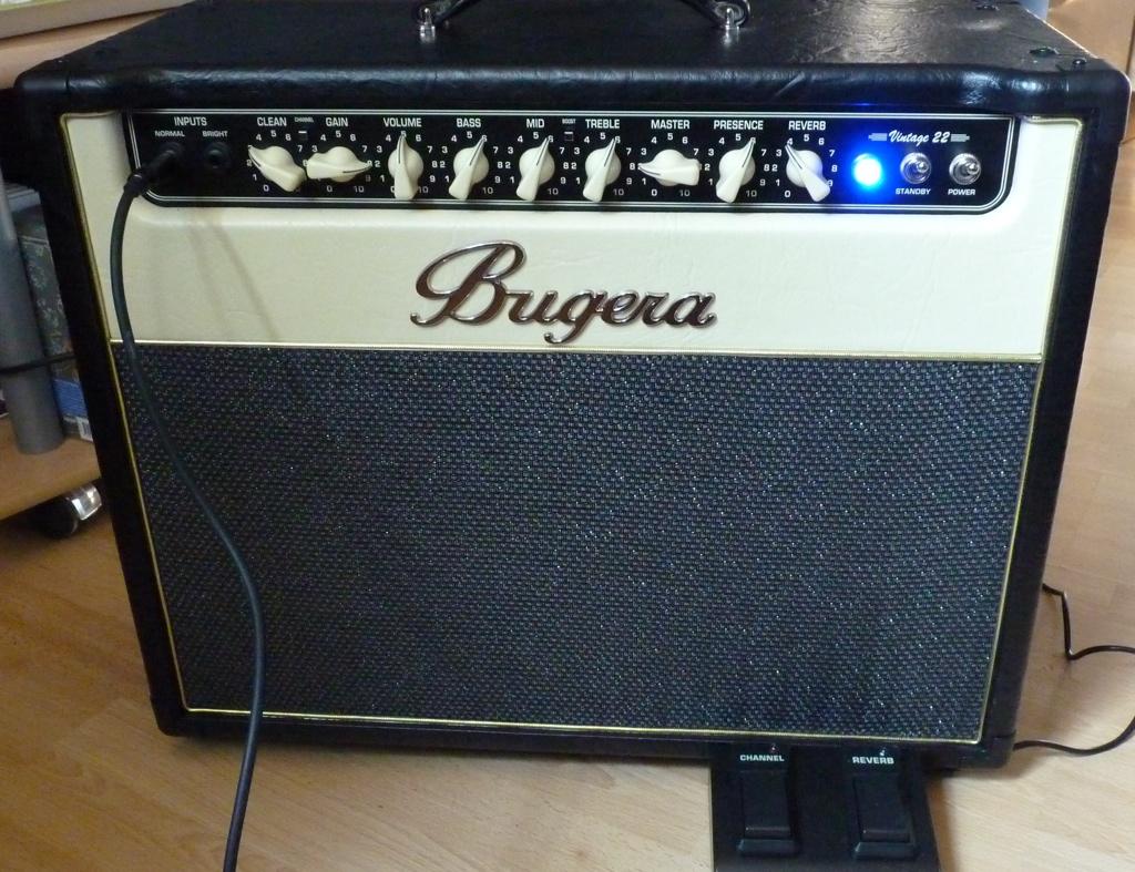 Bugera v22 o v55 guitarras musiquiatra
