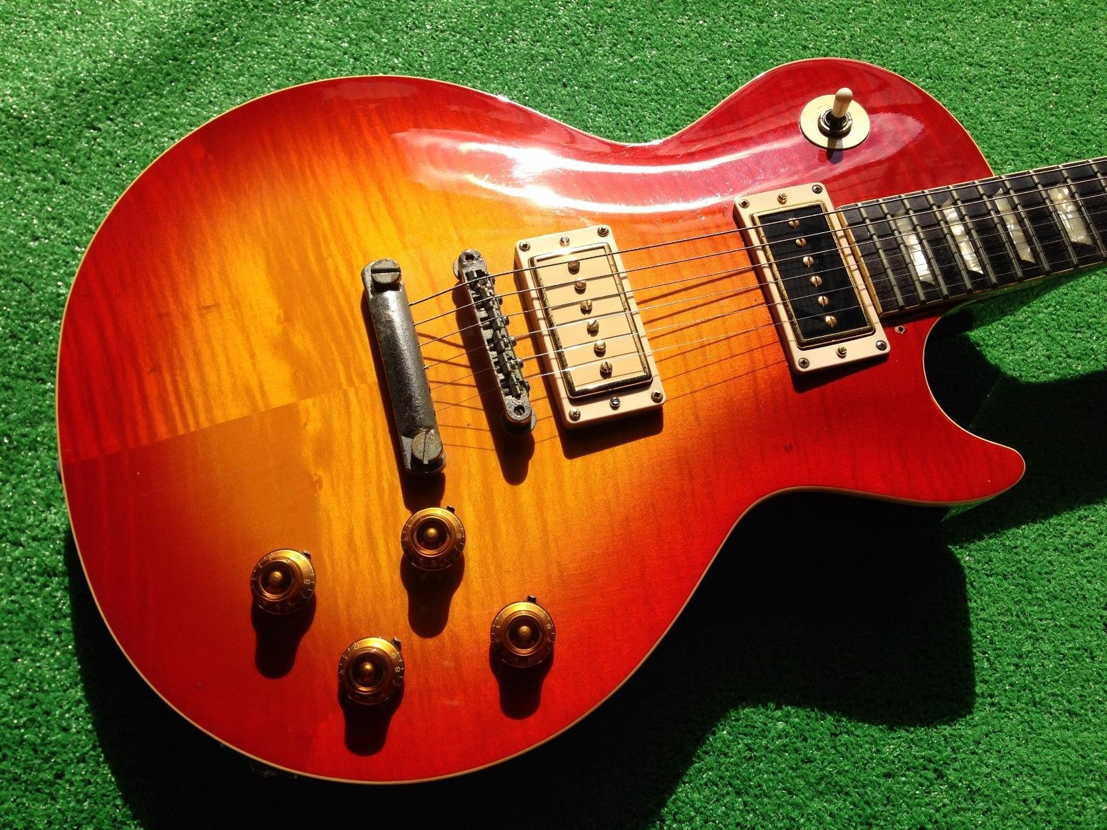 burny les paul dating The true story behind japanese 'lawsuit' guitars all  seventies les paul lookalikes featured names like burny,  in 1957 pre-dating any lawsuit-era and the.