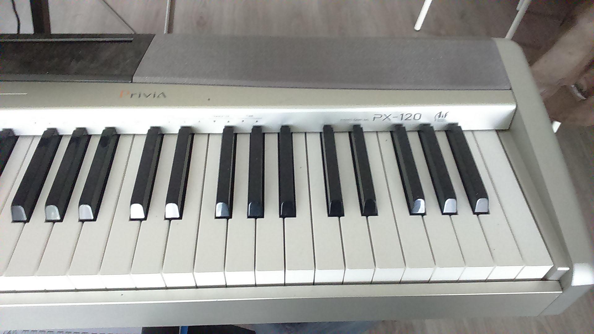 Casio px 120 image 1423788 audiofanzine for Small piano dimensions