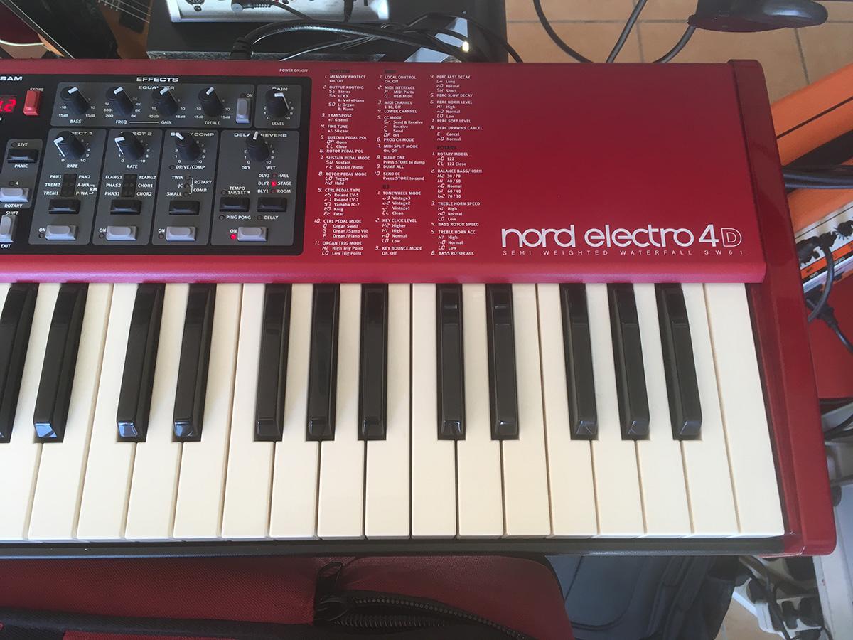 Nord Electro 4d : vends 4d nord electro avec softcase nord ou echange contre sv1 korg languedoc roussillon ~ Hamham.info Haus und Dekorationen