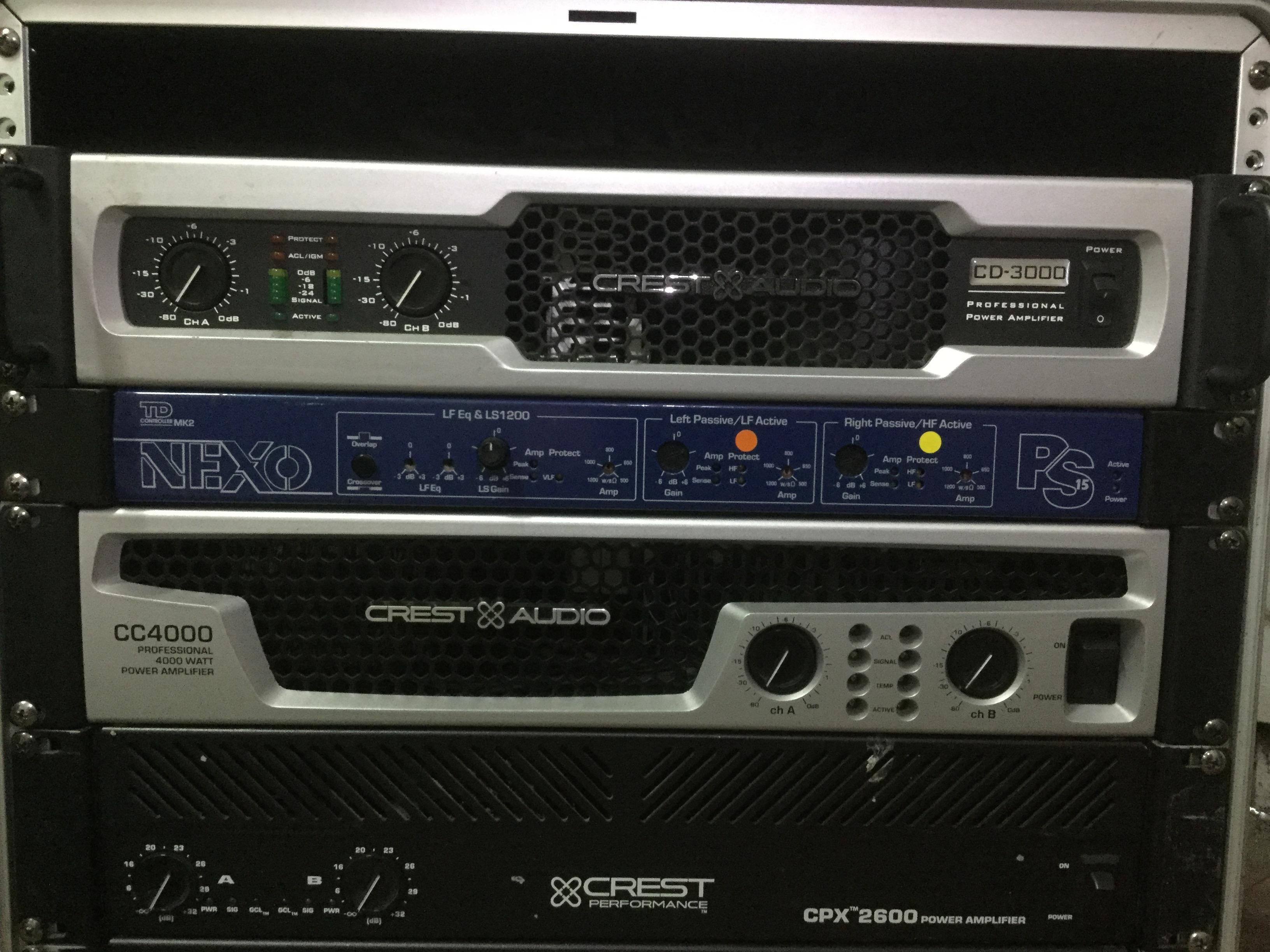 crest audio cc 4000 image 2187416 audiofanzine rh en audiofanzine com Amplifiers Crest Audio CD 4000 Crest CC4000 Specs