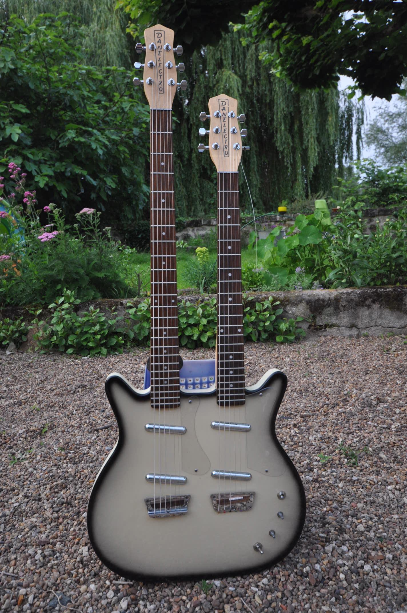 Doubleneck Standard/Baritone Guitar Danelectro - Audiofanzine