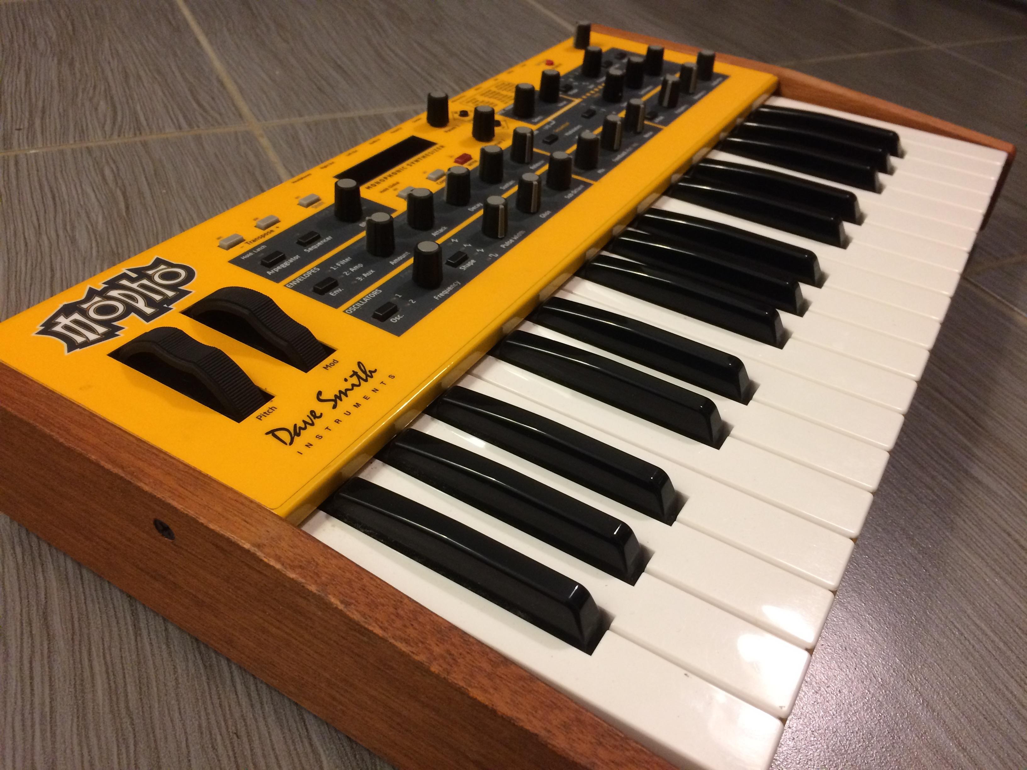 dave smith instruments mopho keyboard image 1672388 audiofanzine. Black Bedroom Furniture Sets. Home Design Ideas