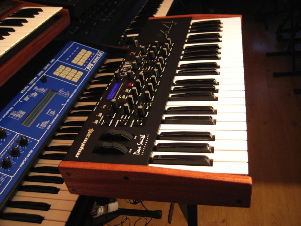 test du dave smith instruments mopho x4 4 fois plus irr sistible audiofanzine. Black Bedroom Furniture Sets. Home Design Ideas