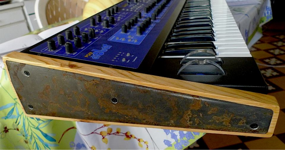 Flancs de synthétiseurs et autres ... Dave-smith-instruments-polyevolver-keyboard-1535253