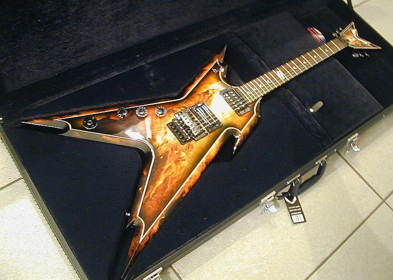 dean guitars dime razorback explosion lefty image 99398 audiofanzine. Black Bedroom Furniture Sets. Home Design Ideas