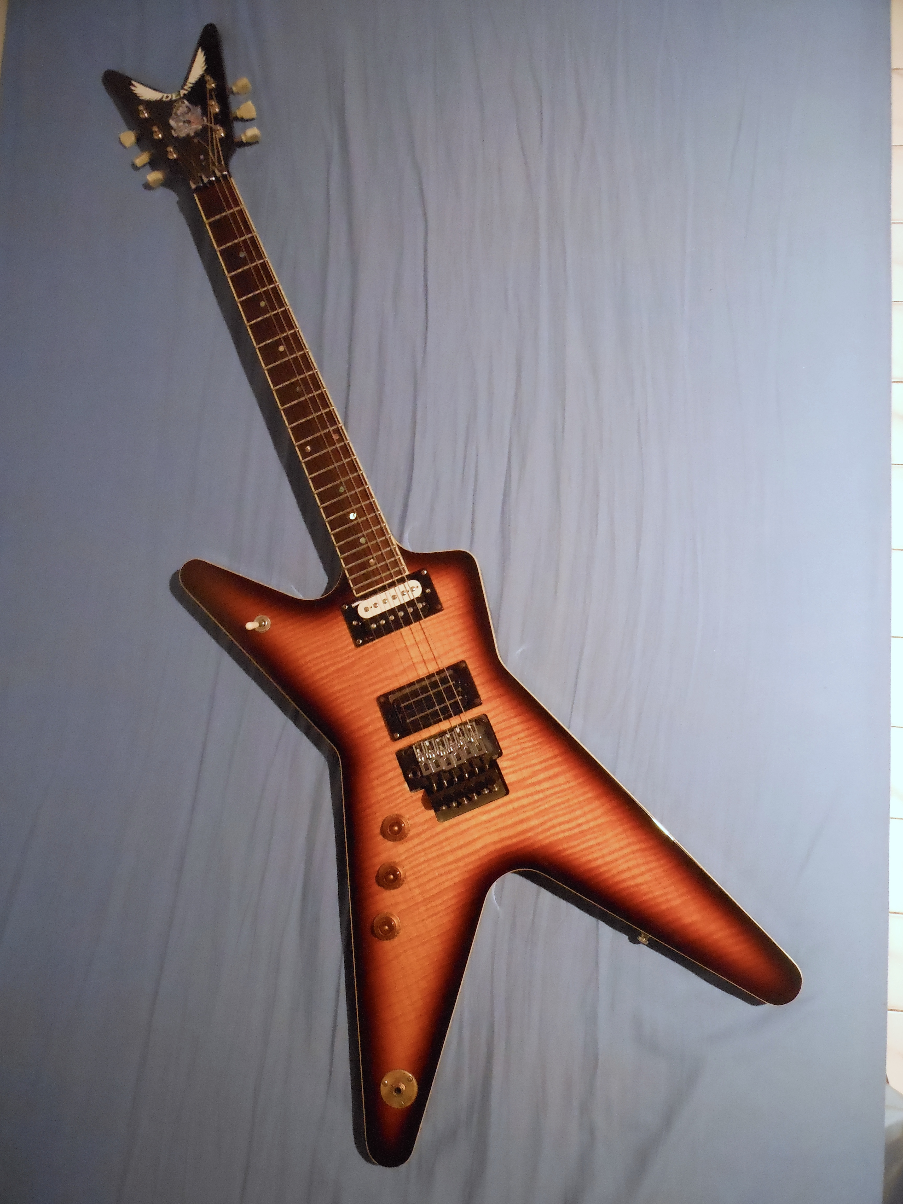 Dean Guitars Dimebag Format: jpg - size: 3456 x