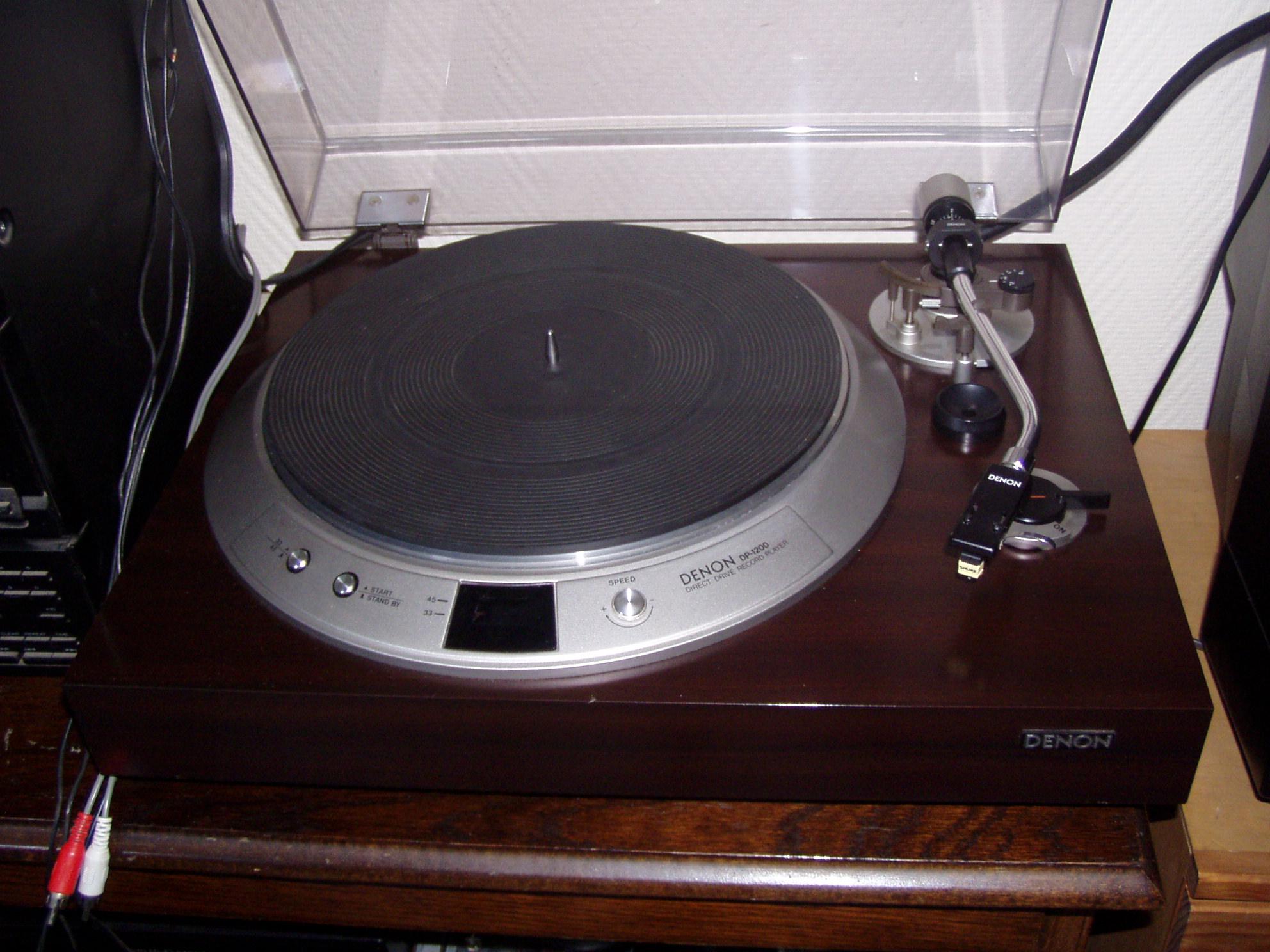 achat platines vinyle d 39 occasion audiofanzine. Black Bedroom Furniture Sets. Home Design Ideas