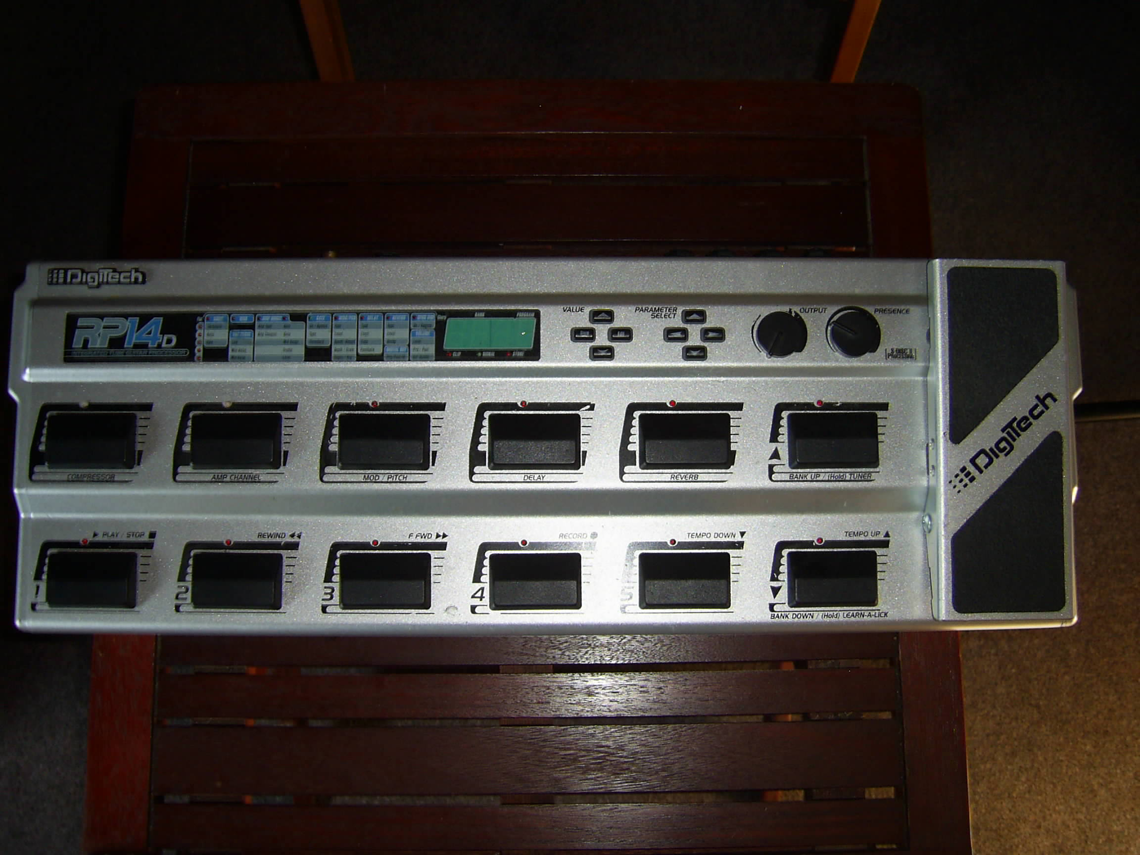 digitech rp14d image 295371 audiofanzine rh en audiofanzine com
