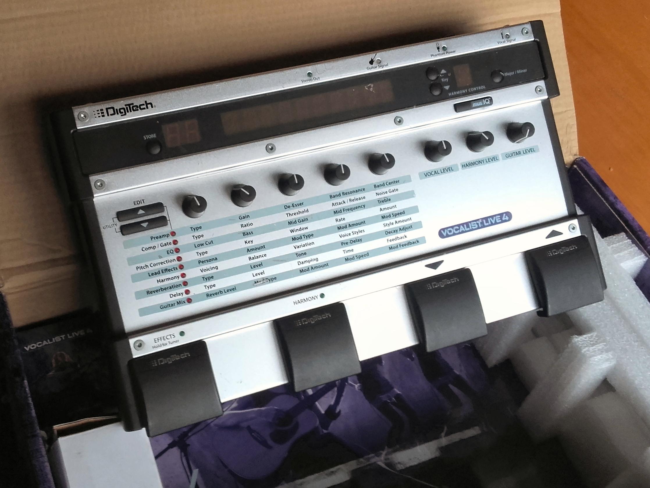digitech vocalist live 4 image 1525602 audiofanzine. Black Bedroom Furniture Sets. Home Design Ideas