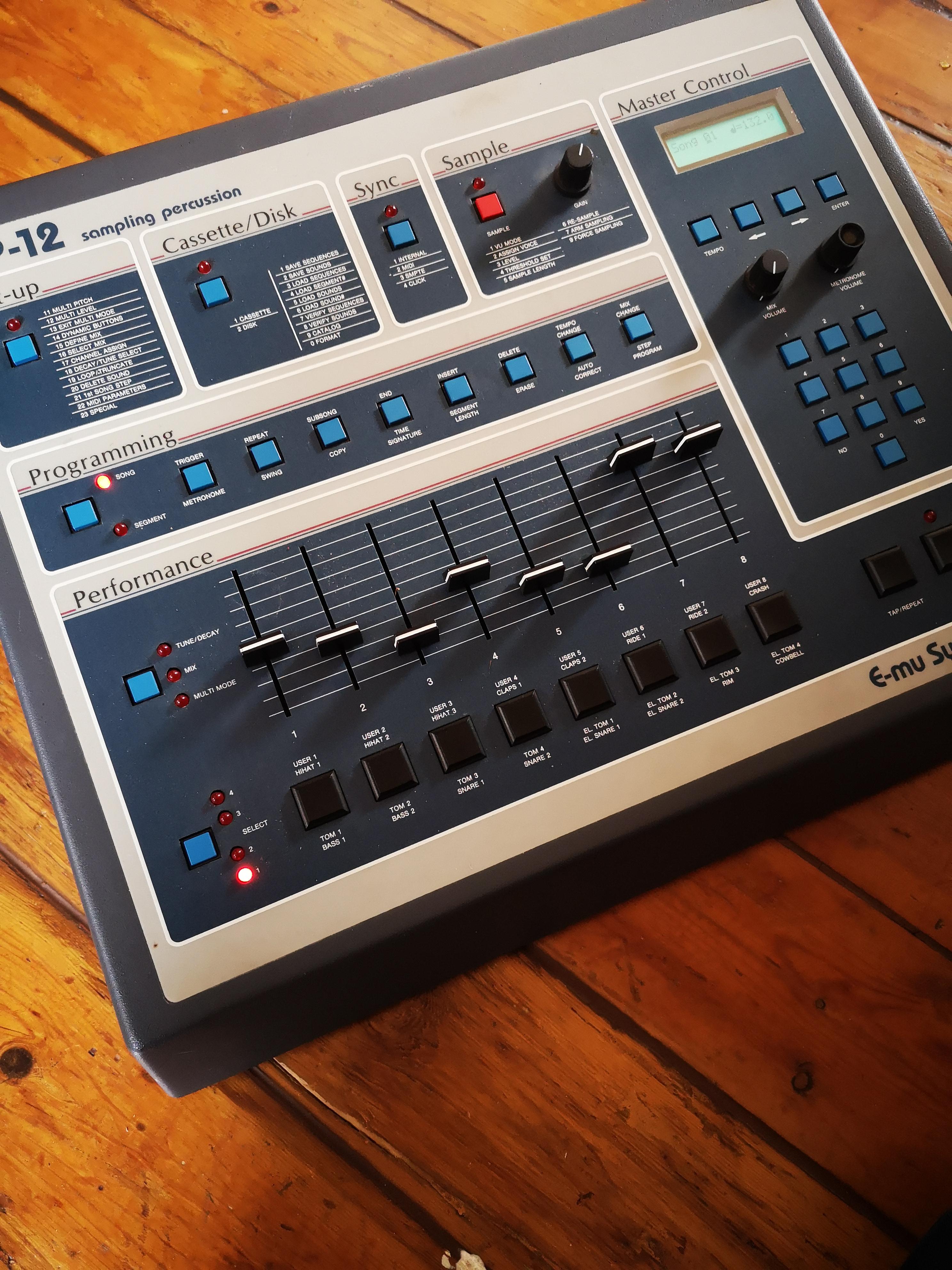Set Of 15 Drucktasten Tact Switches für E-mu SP-12 Sampler Drum Sp12 Emu
