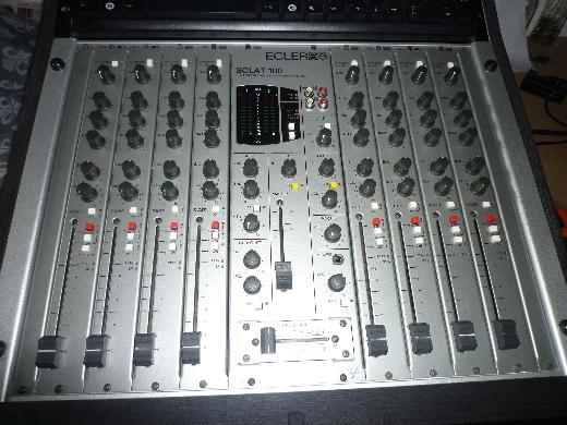 Photo ecler sclat 100 8 ecler sclat 100 8 99482 - Table de mixage en ligne gratuit ...
