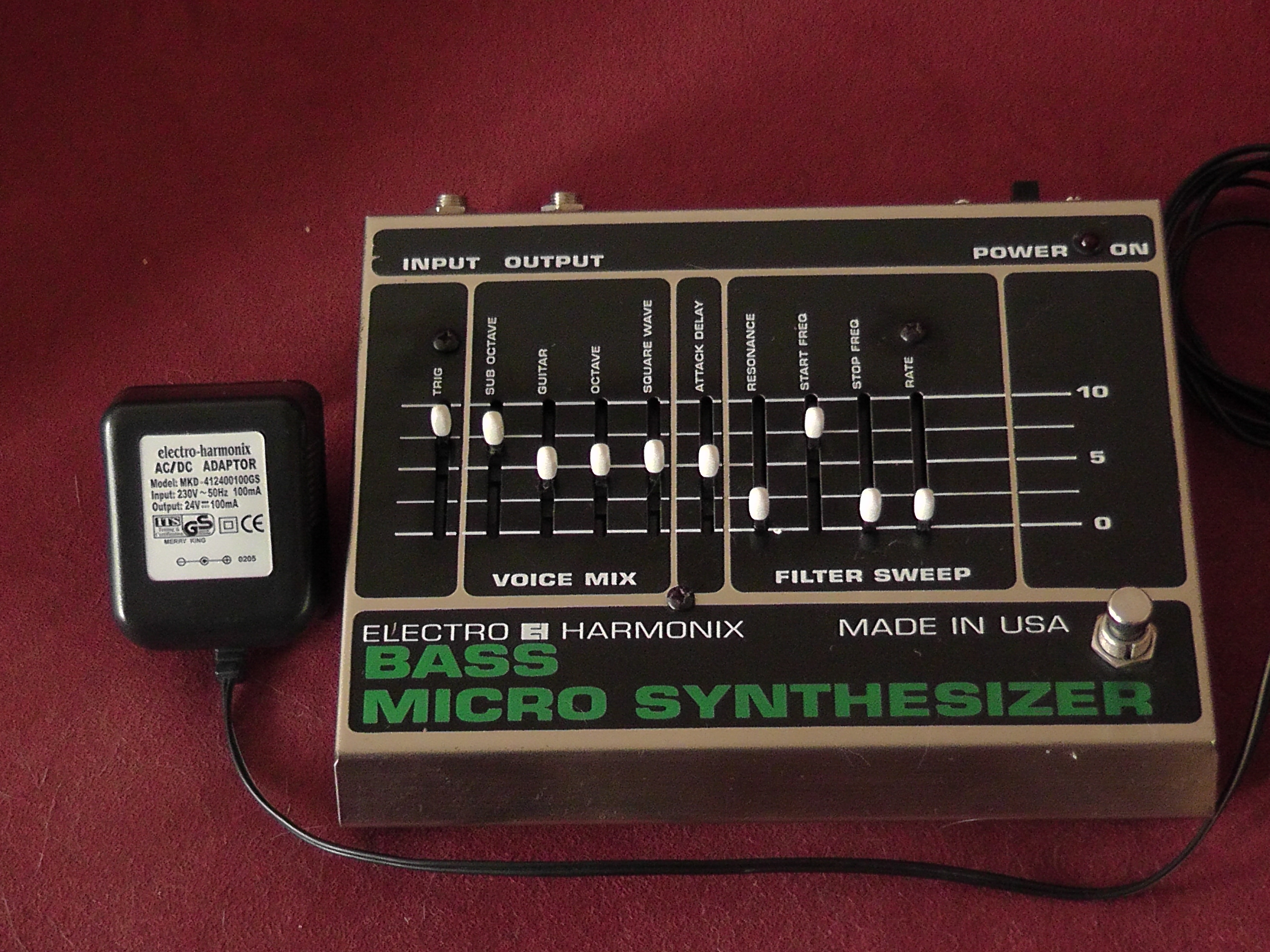 electro harmonix bass micro synthesizer image 339181 audiofanzine. Black Bedroom Furniture Sets. Home Design Ideas