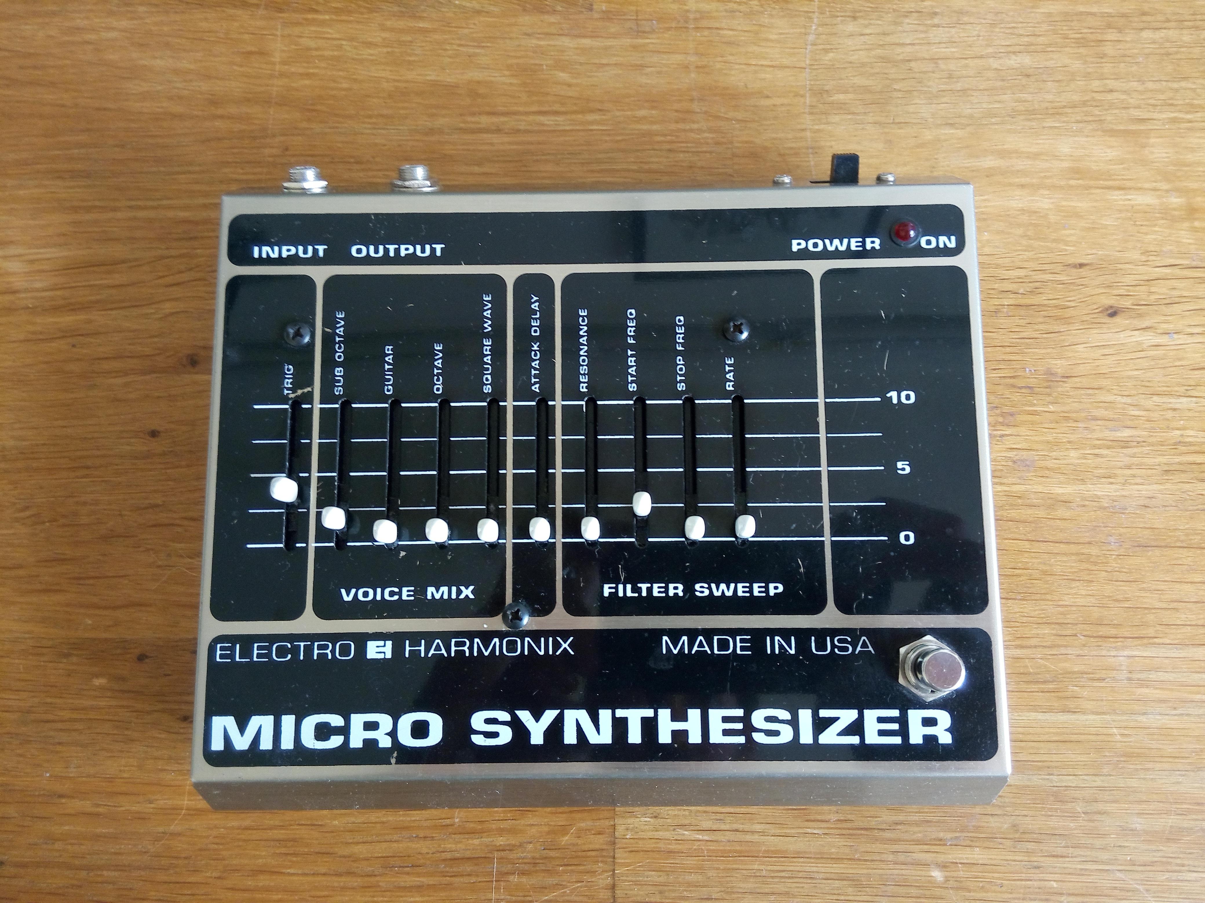 electro harmonix micro synthesizer original image 1923973 audiofanzine. Black Bedroom Furniture Sets. Home Design Ideas