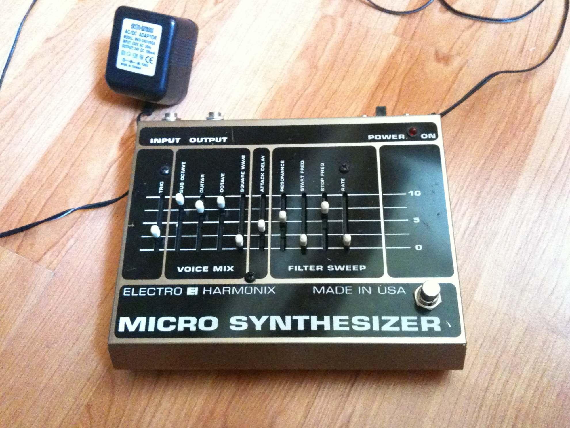 photo electro harmonix micro synthesizer original electro harmonix micro synthesizer 63293. Black Bedroom Furniture Sets. Home Design Ideas