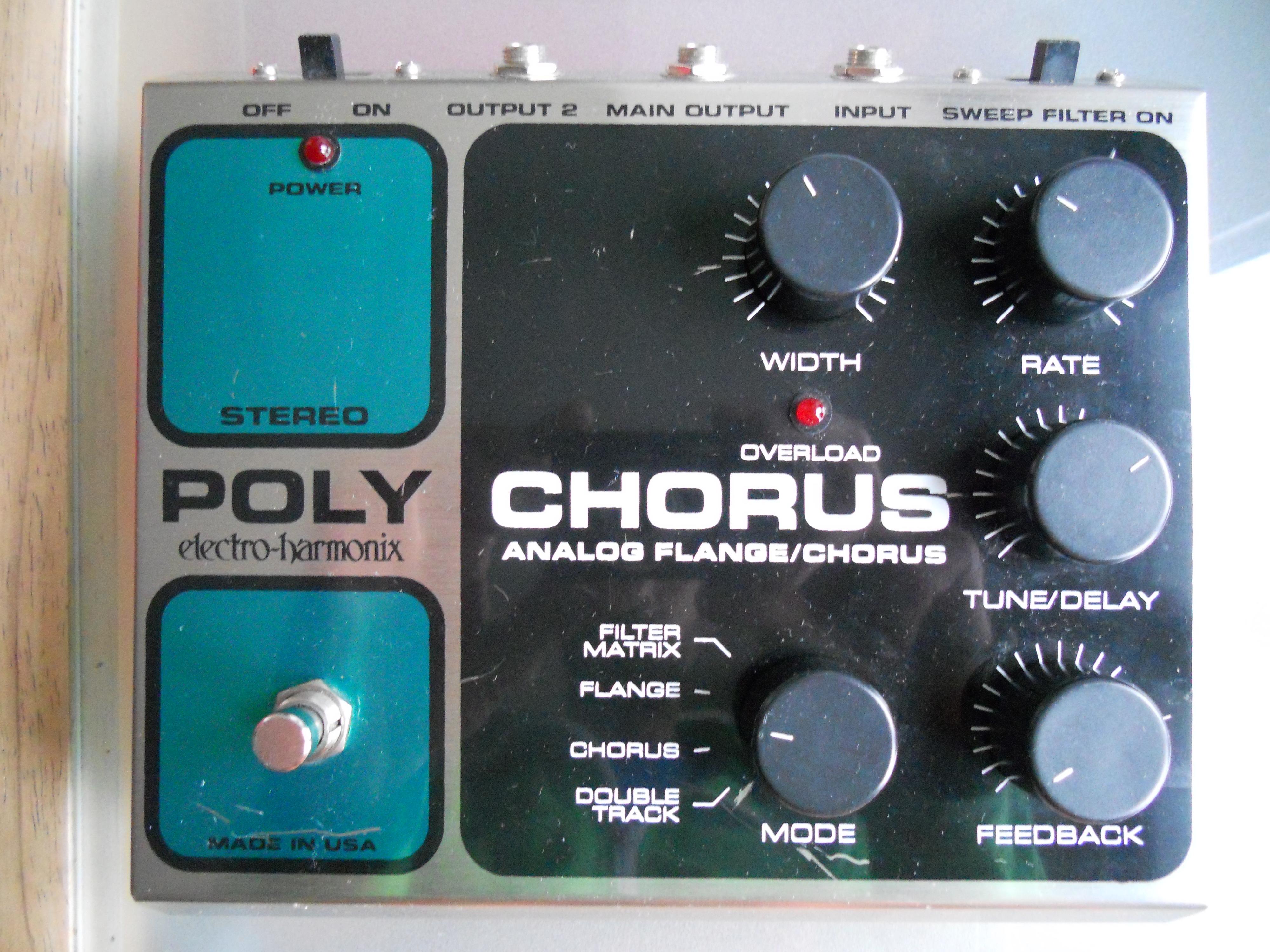 electro-harmonix-stereo-polychorus-310260.jpg