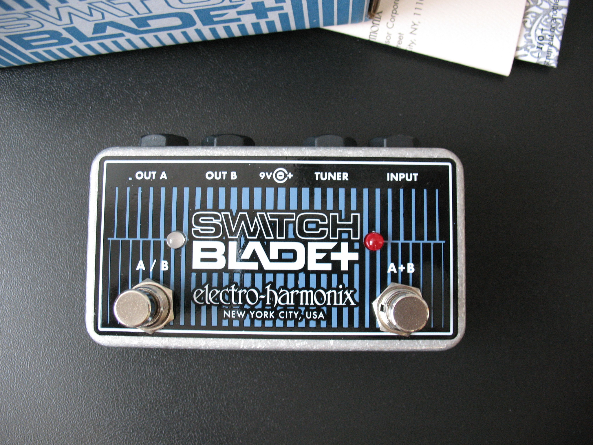 electro harmonix switchblade image 1745816 audiofanzine. Black Bedroom Furniture Sets. Home Design Ideas