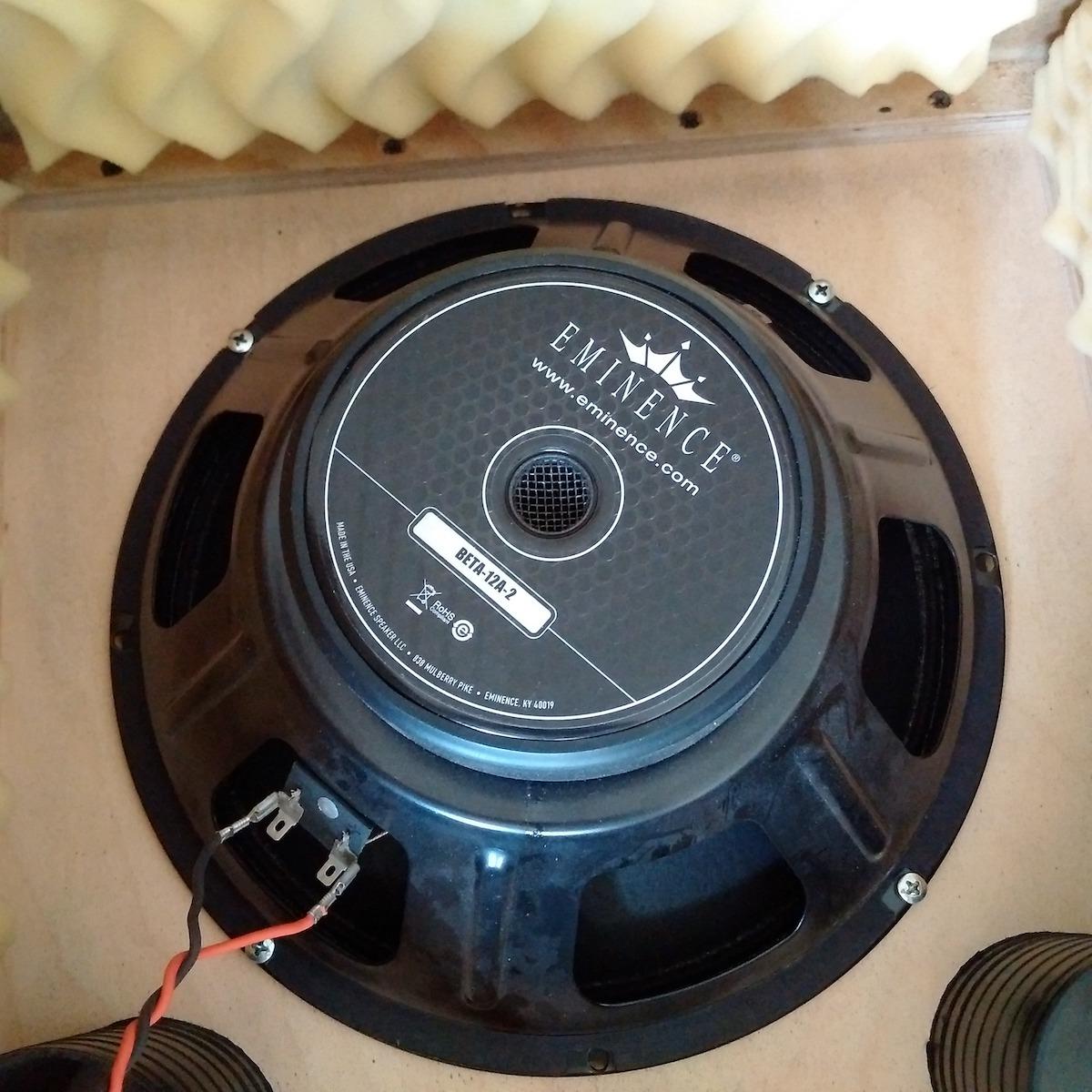 hp eminence 12 basse provence alpes c te d 39 azur audiofanzine. Black Bedroom Furniture Sets. Home Design Ideas